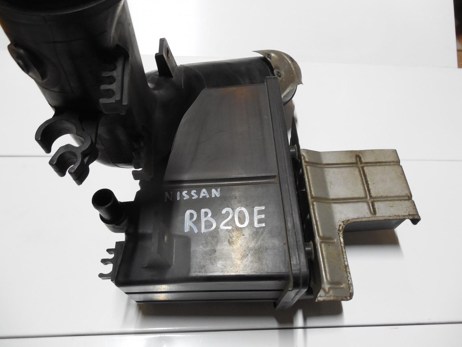 Корпус воздушного фильтра Nissan Laurel HC34 (б/у)