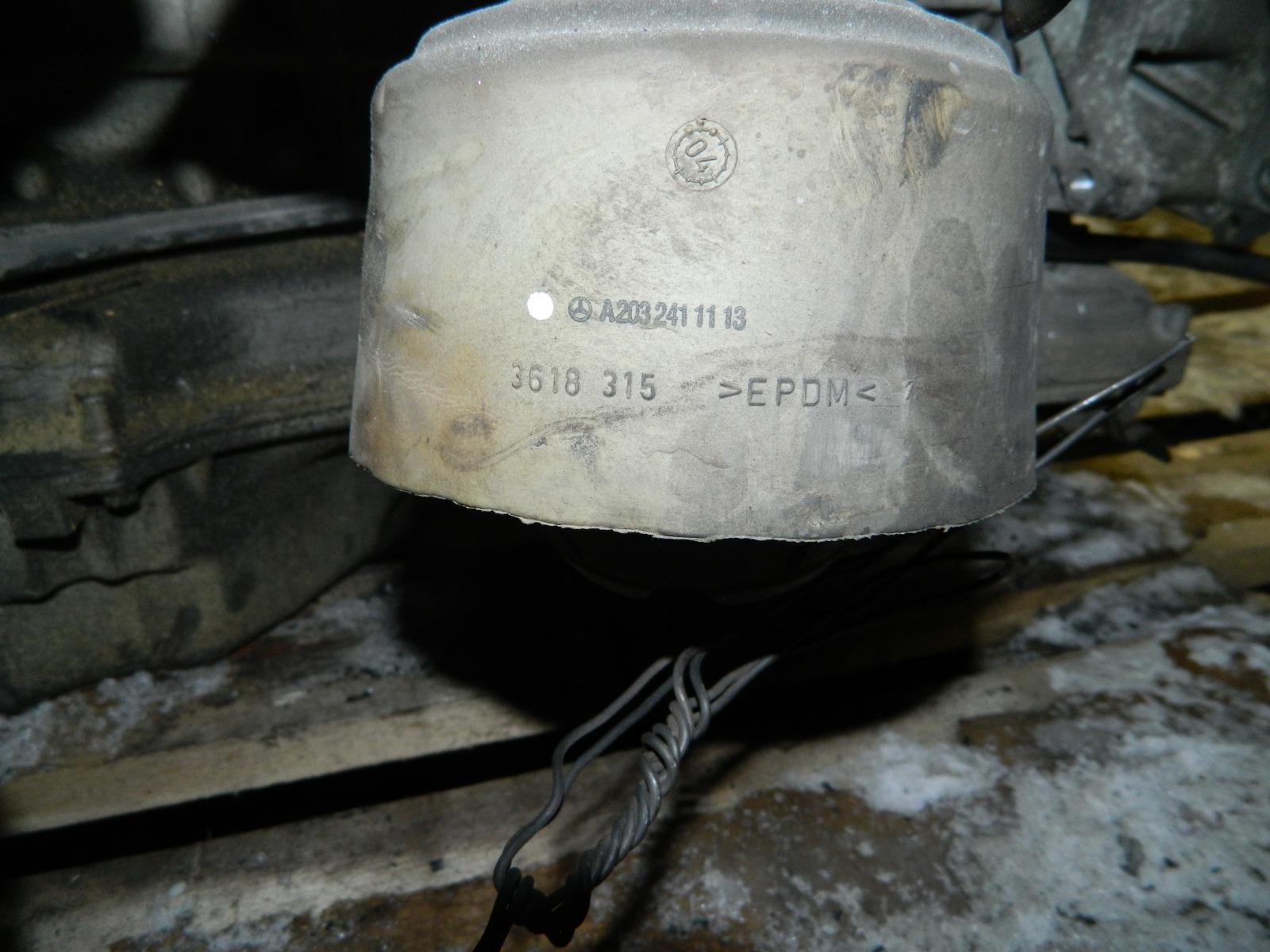 Подушка двигателя Mercedes-Benz A-Class A-168 правая (б/у)
