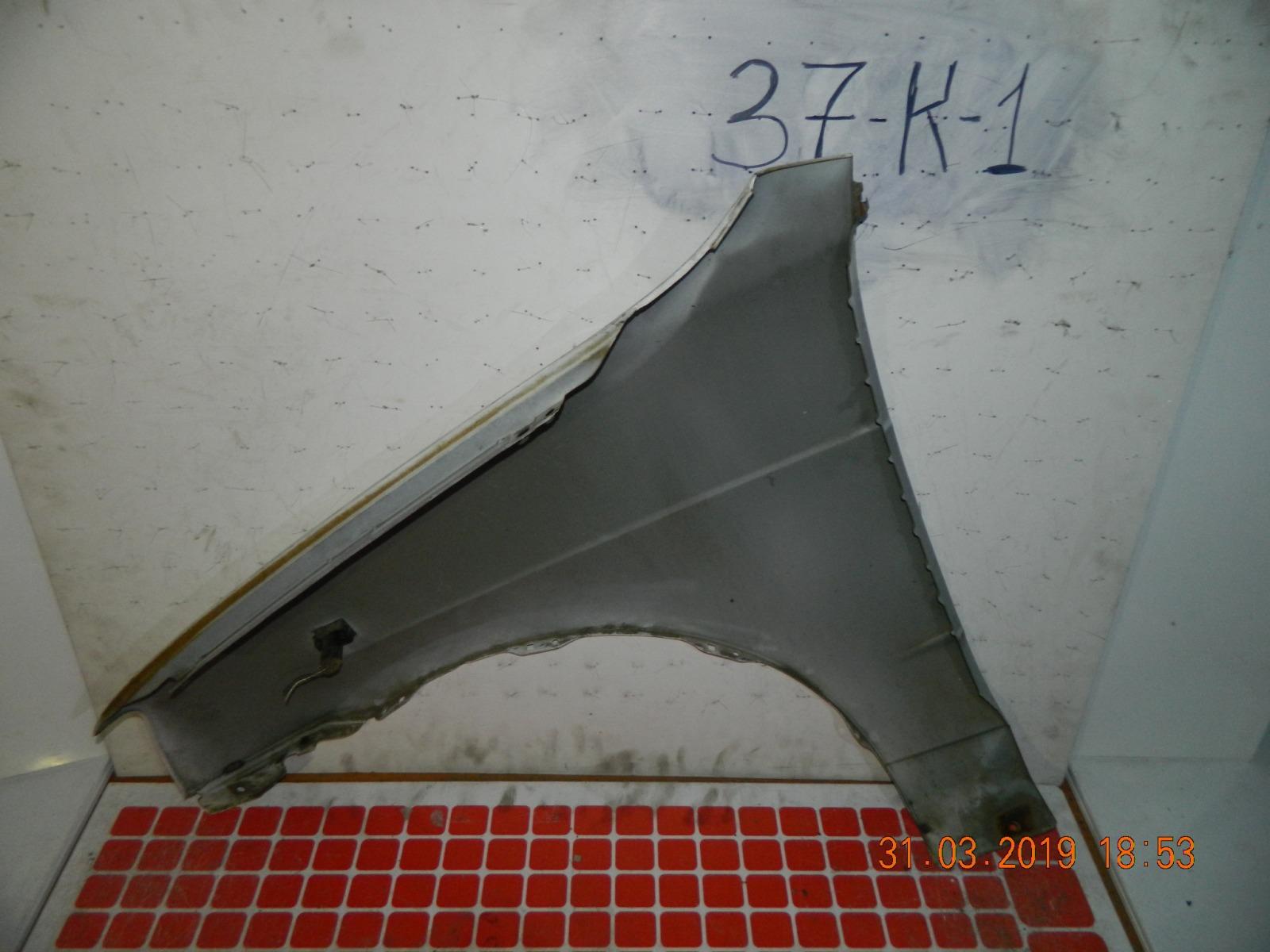 Крыло Daihatsu Pyzar G301G переднее правое (б/у)