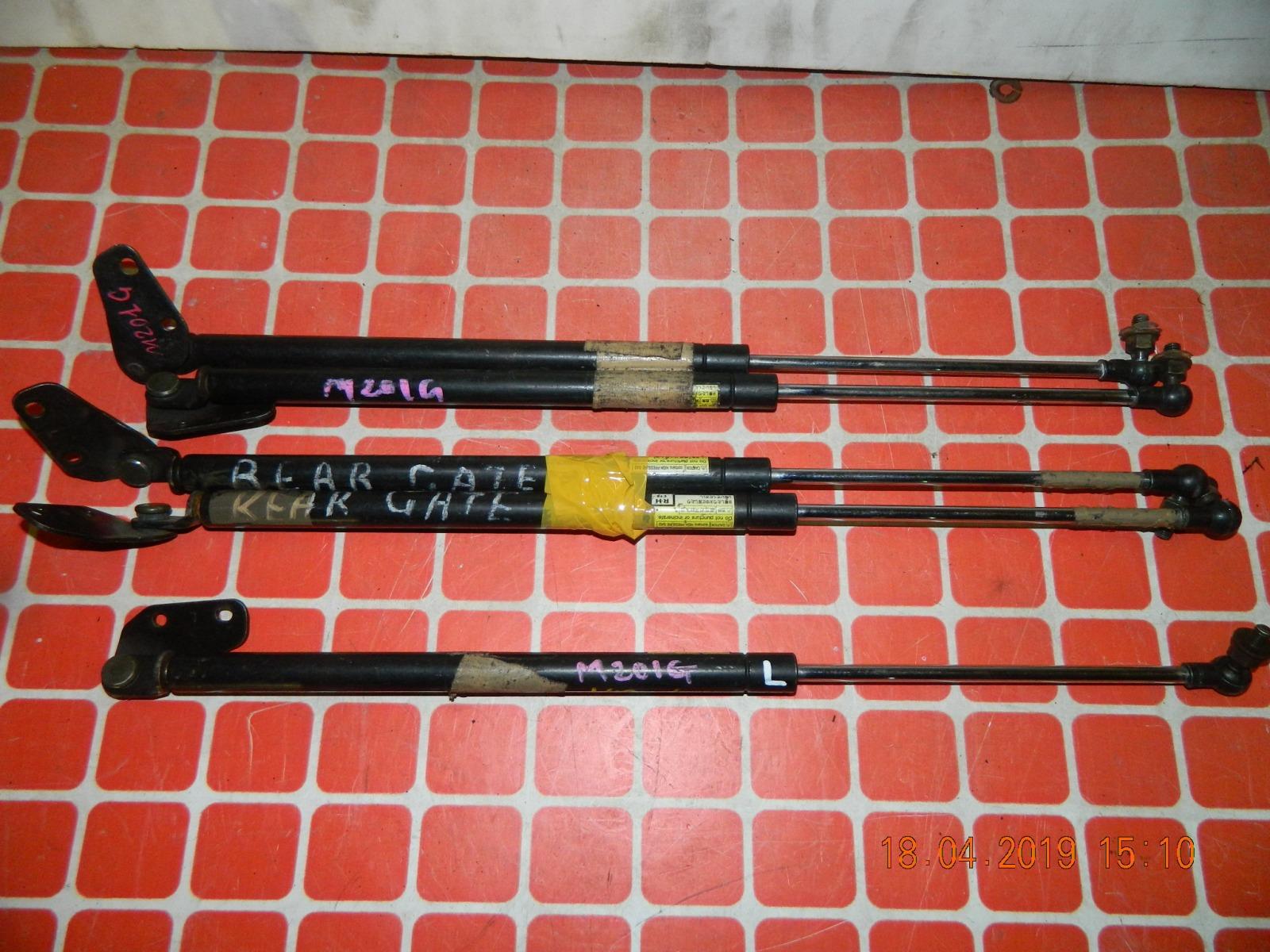 Амортизатор багажника Daihatsu Yrv M201G (б/у)