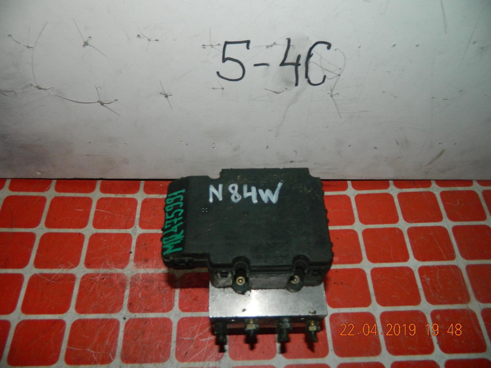 Блок abs Mitsubishi Chariot Grandis N84W (б/у)
