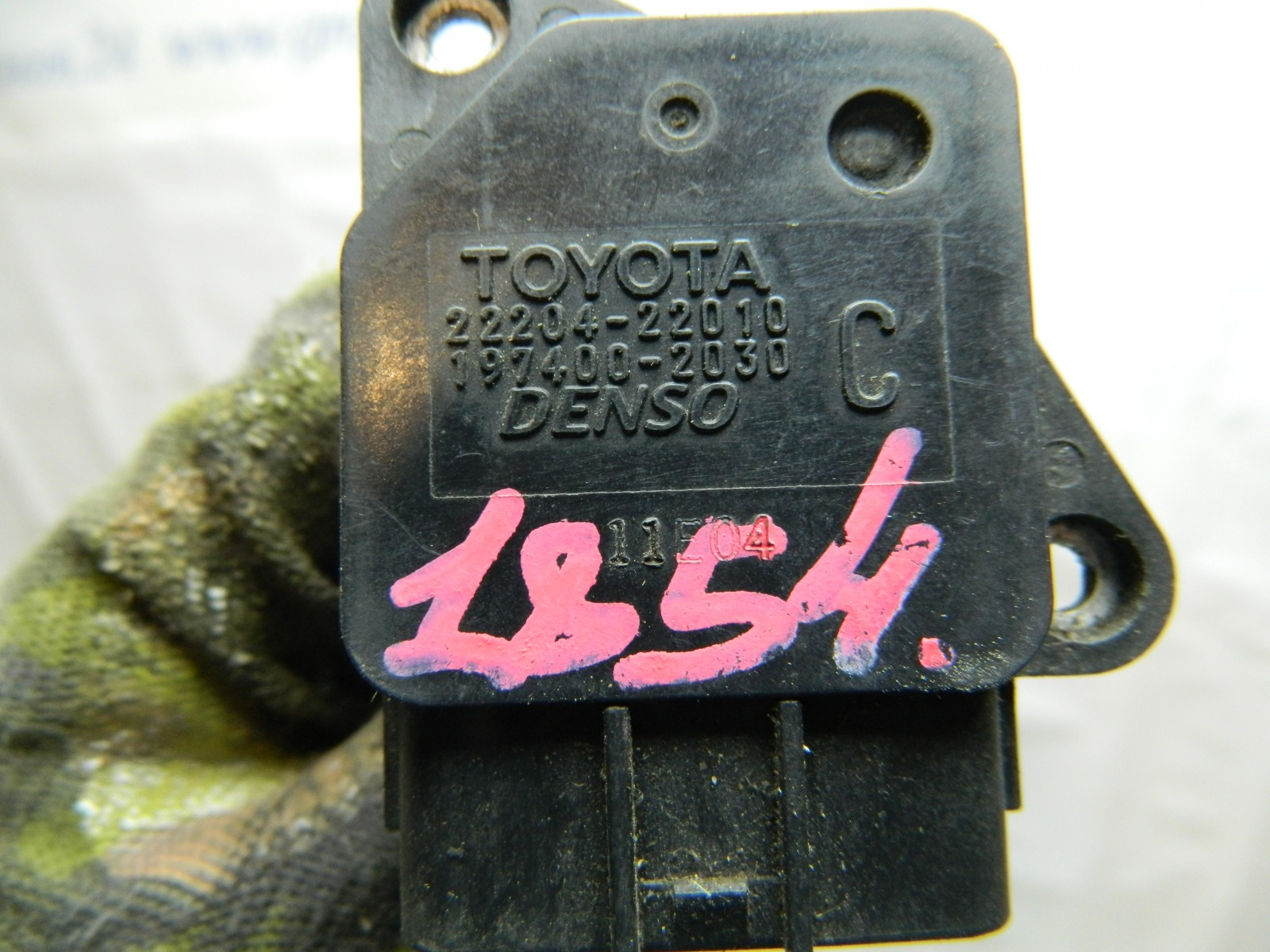 Датчик расхода воздуха Toyota Funcargo NCP20 (б/у)