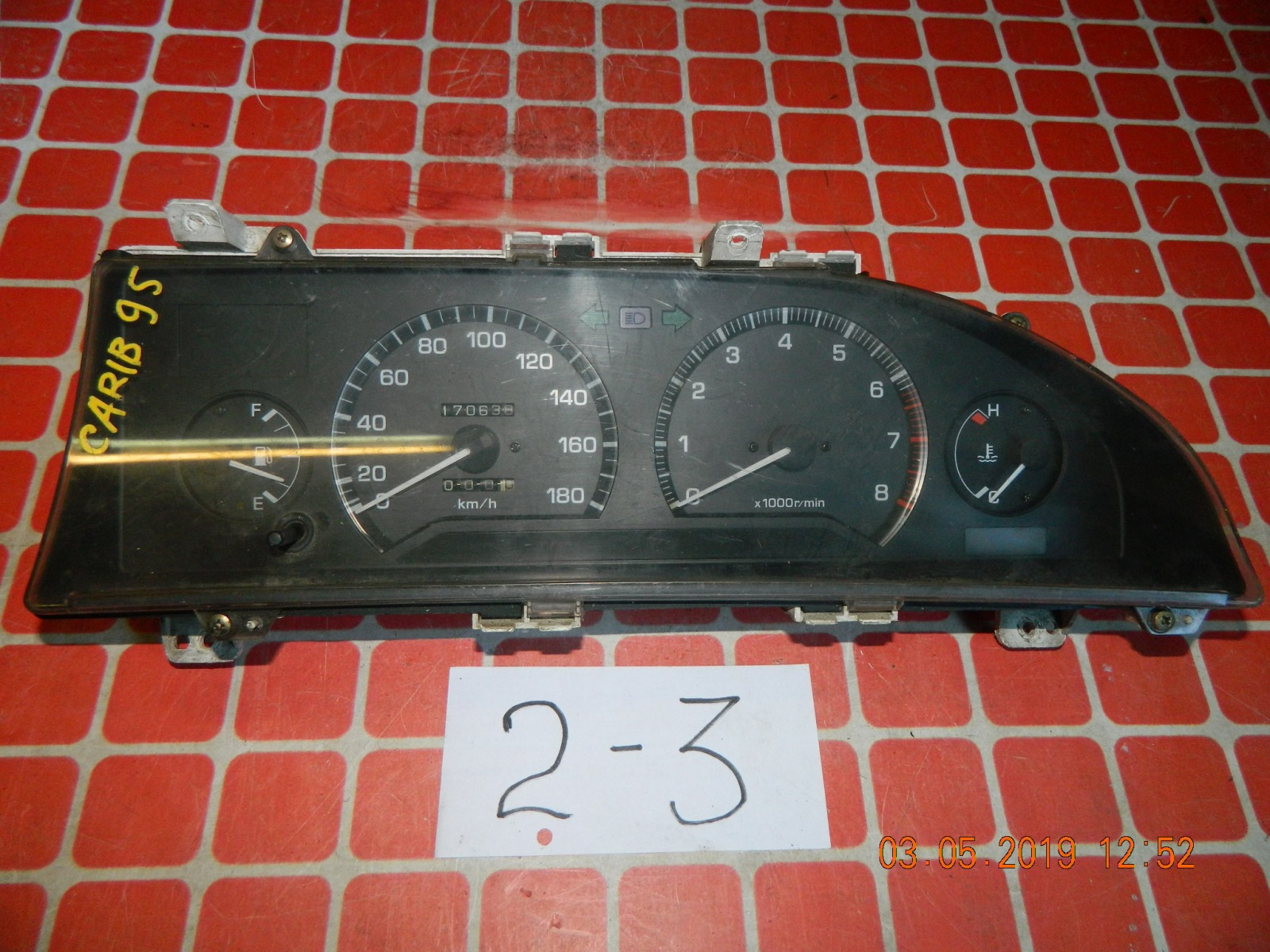 Панель приборов Toyota Carib AE95 (б/у)