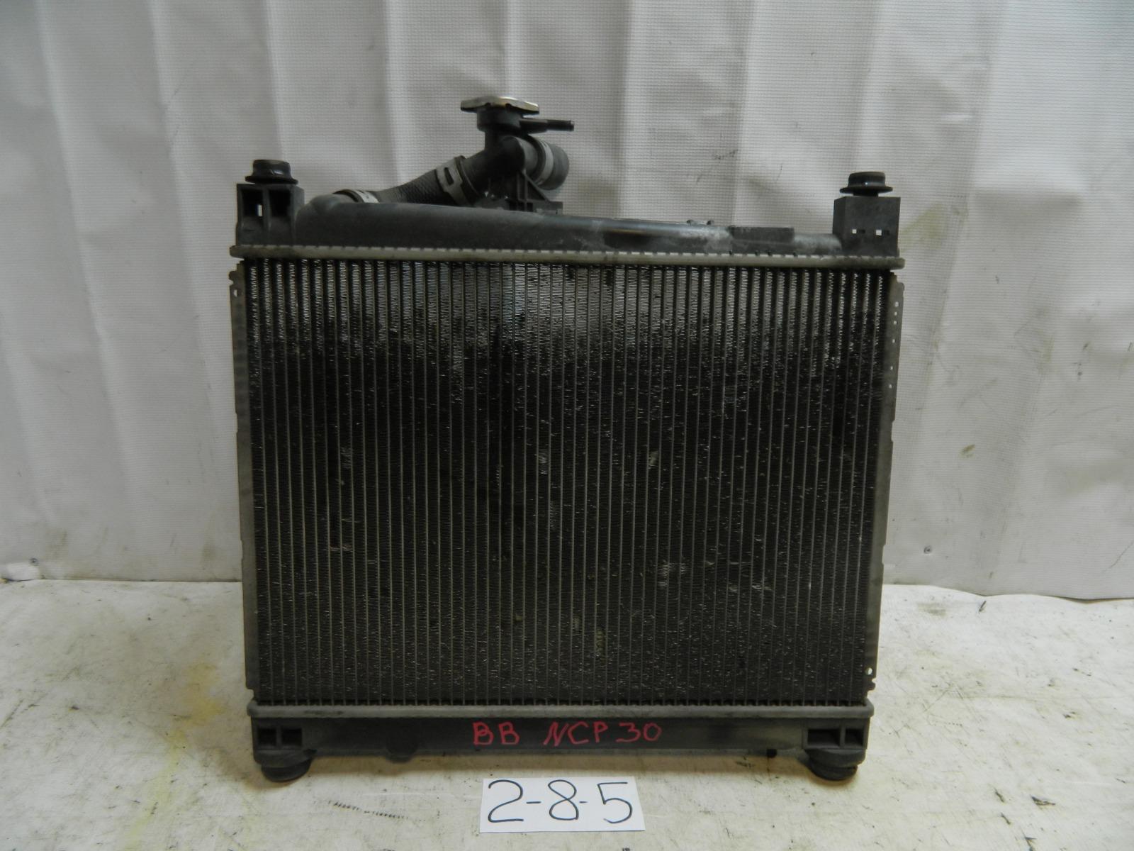 Радиатор двс Toyota Bb NCP30 (б/у)