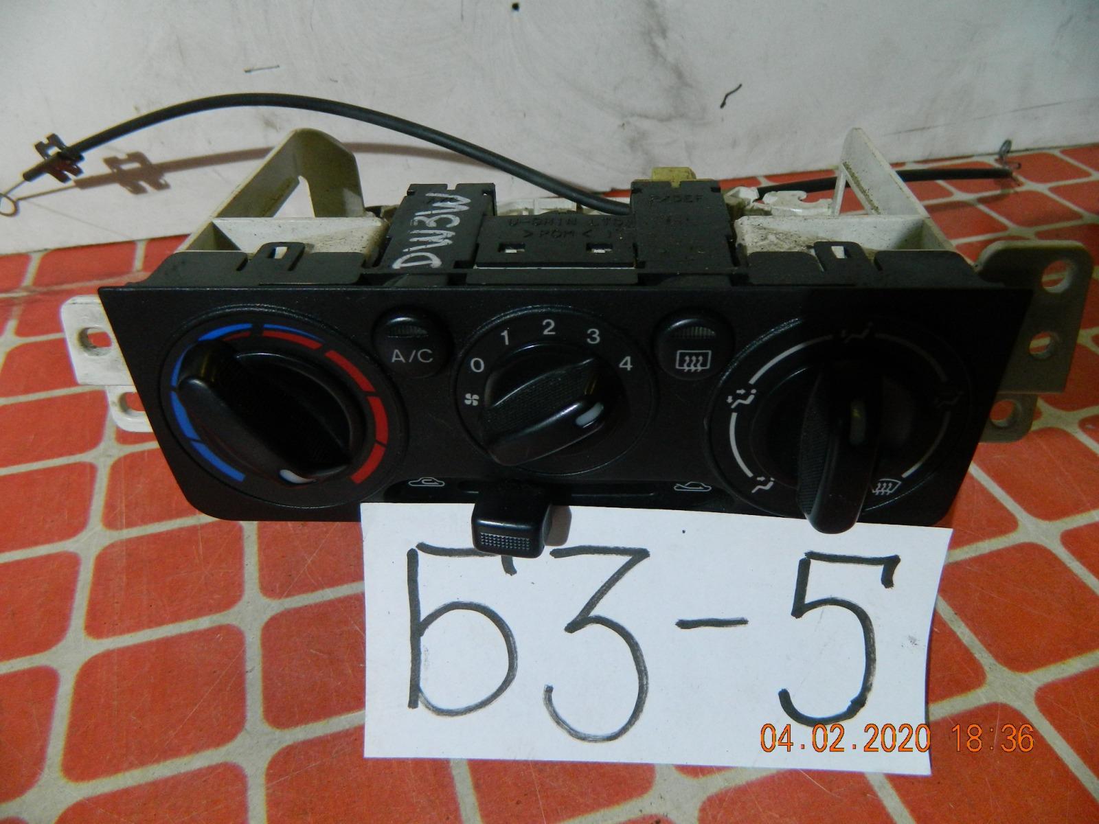 Блок климат-контроля Mazda Demio DW3W (б/у)