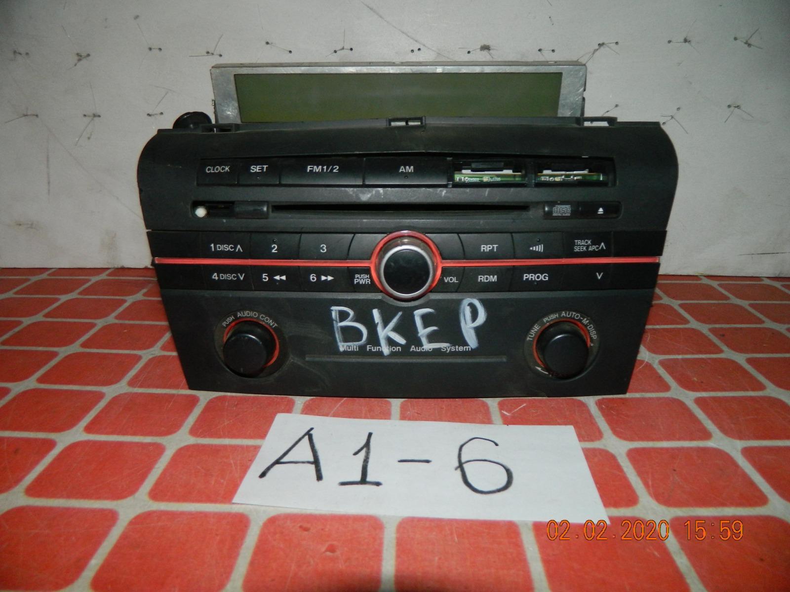 Штатная магнитола Mazda Axela BKEP (б/у)
