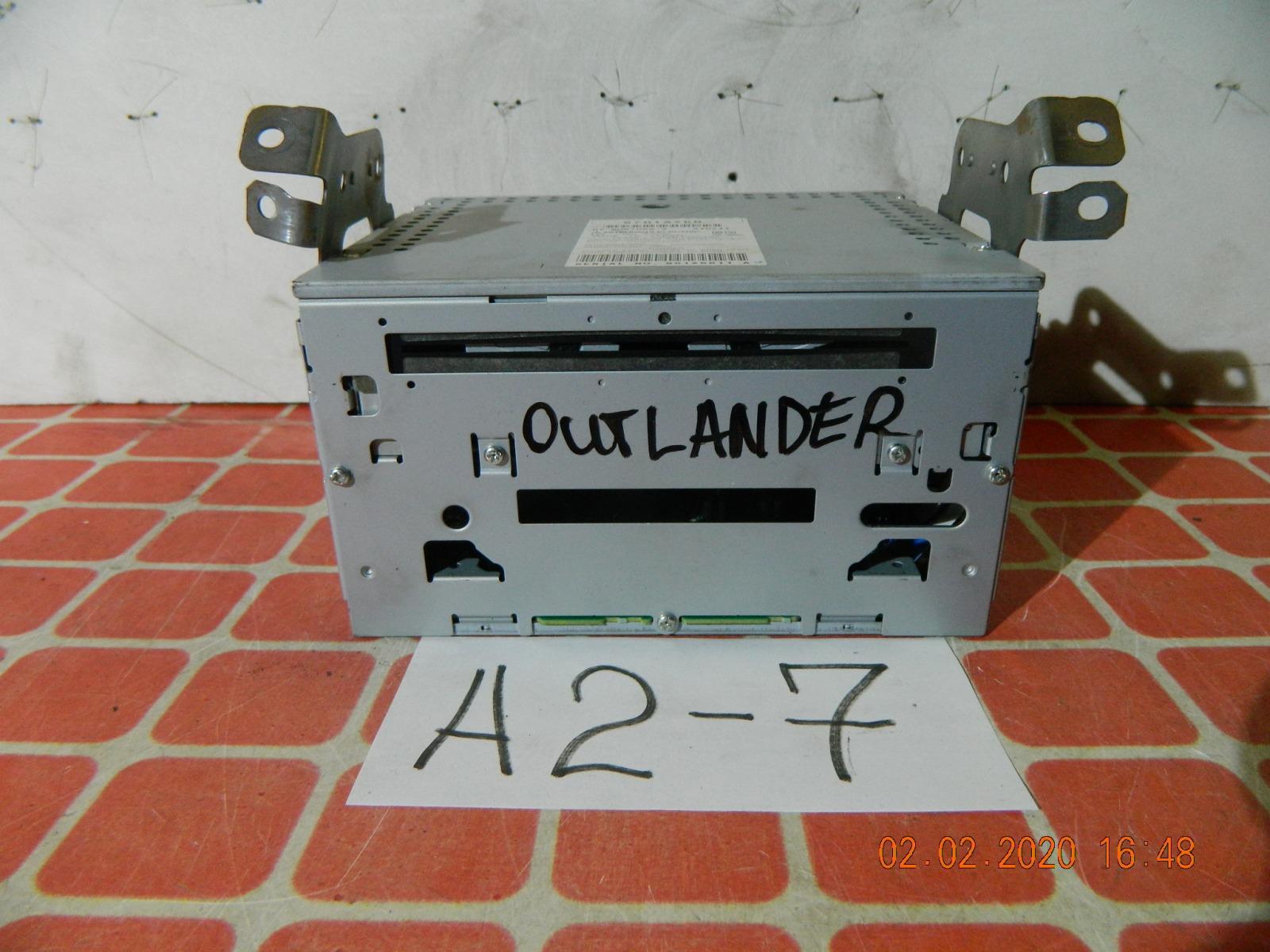 Штатная магнитола Mitsubishi Outlander (б/у)