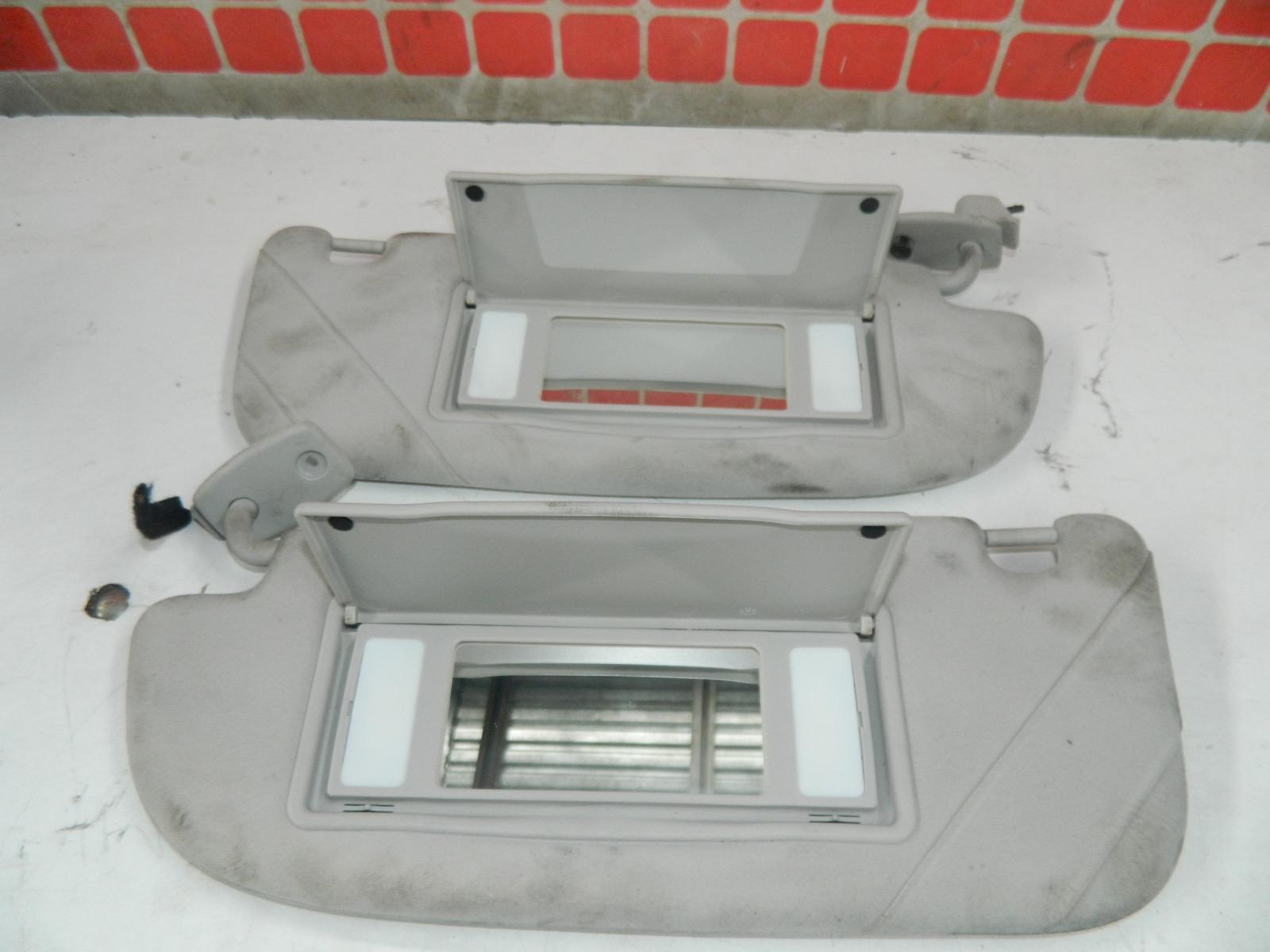 Козырек солнцезащитный Peugeot 307 Cc (б/у)