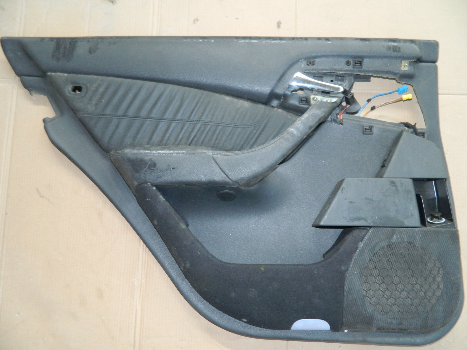 Карта двери Mercedes-Benz S500 W220 задняя левая (б/у)