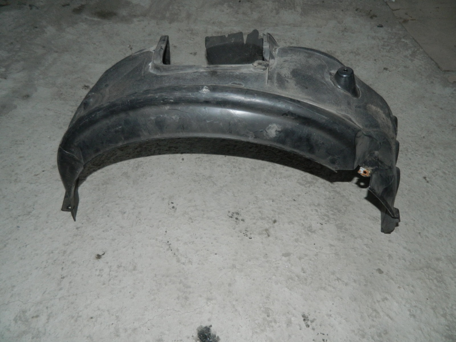 Подкрылок Bmw 530I E61 передний правый (б/у)