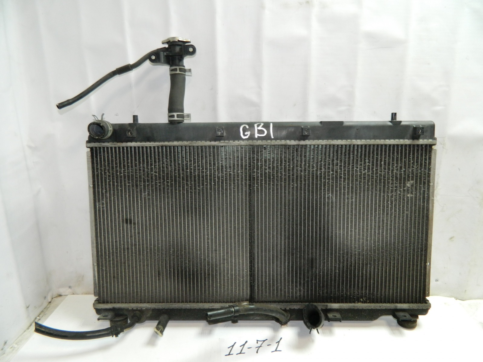 Радиатор двс Honda Mobilio GB1 (б/у)