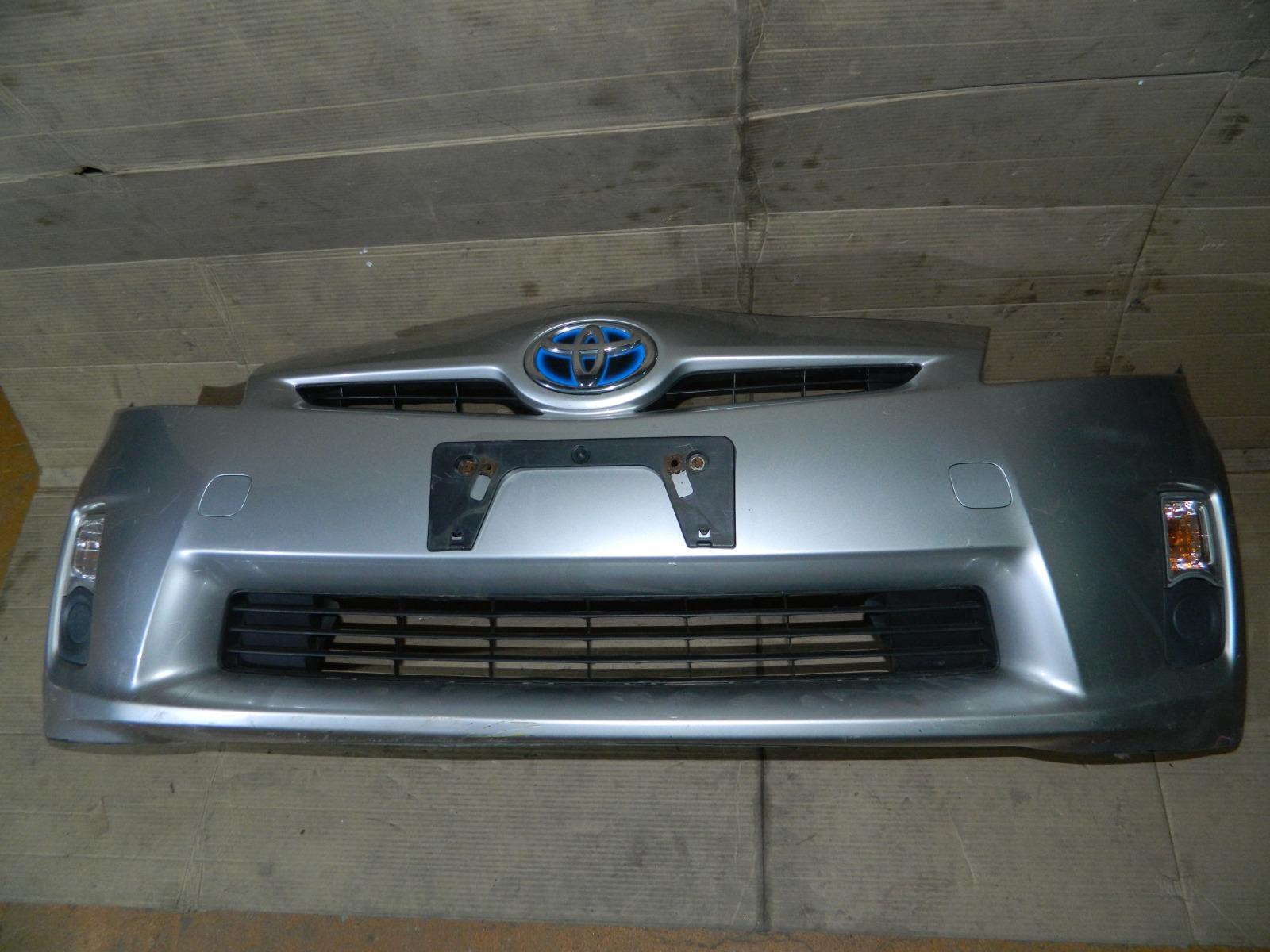 Бампер Toyota Prius ZVW30 передний (б/у)