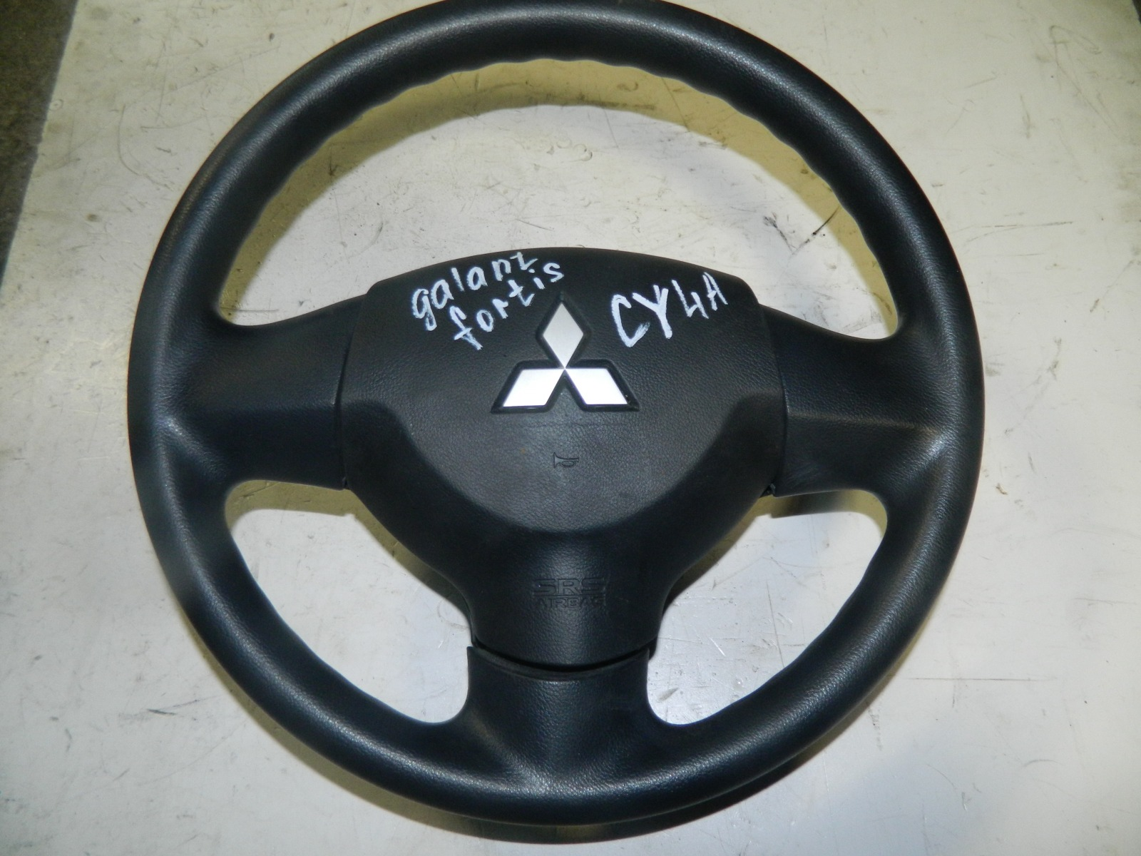 Руль Mitsubishi Galant Fortis CY4A (б/у)