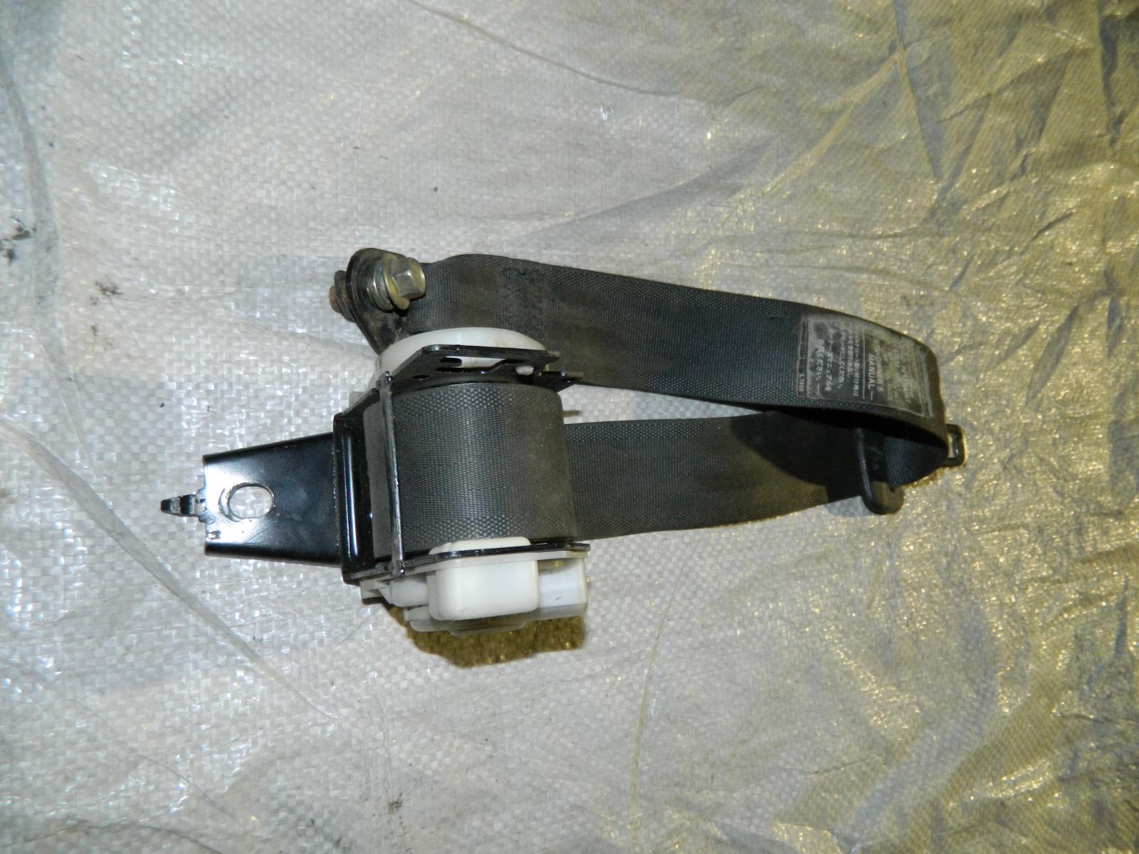 Ремень безопасности Toyota Corona Exiv ST180 (б/у)