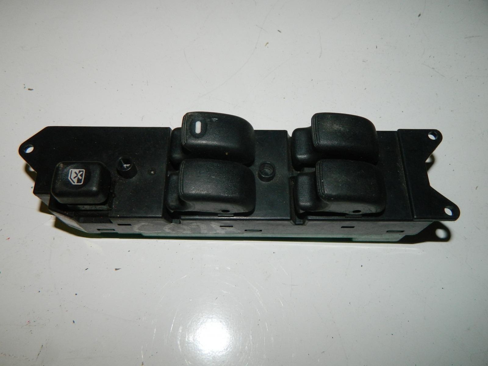 Блок управления стеклами Mitsubishi Dingo CQ2A 4G15 передний правый (б/у)