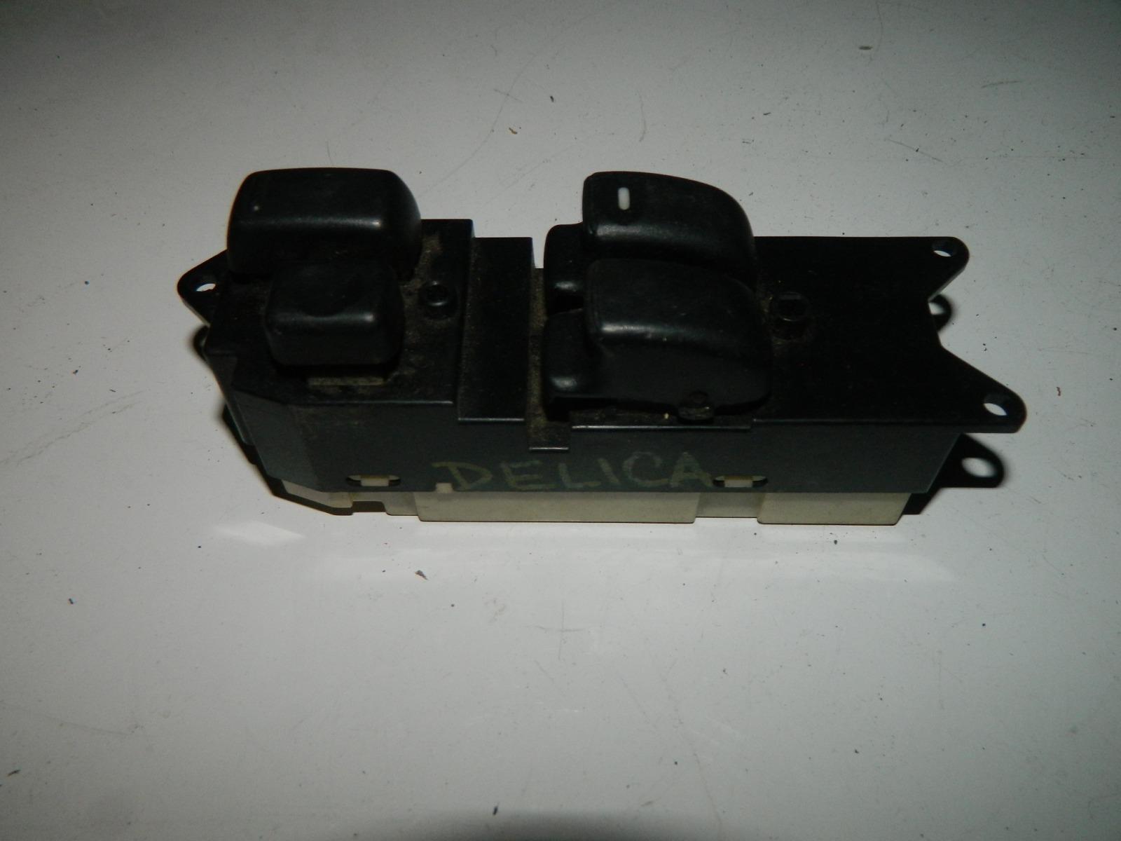 Блок управления стеклами Mitsubishi Delica PA3V 4G63 передний правый (б/у)