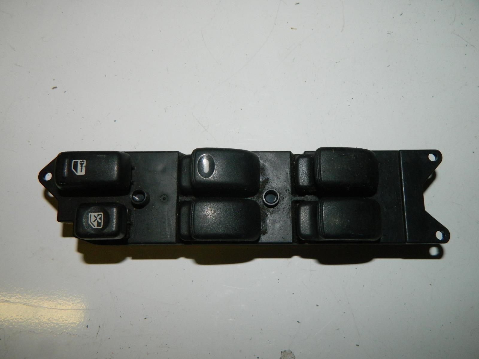 Блок управления стеклами Mitsubishi Legnum EC1W 4G93 передний правый (б/у)