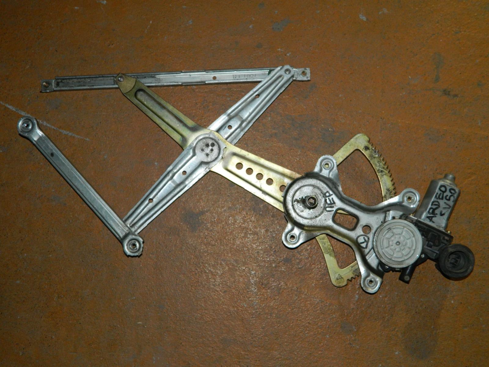 Механизм стекло-подъёмника. Toyota Vista Ardeo SV50 передний левый (б/у)