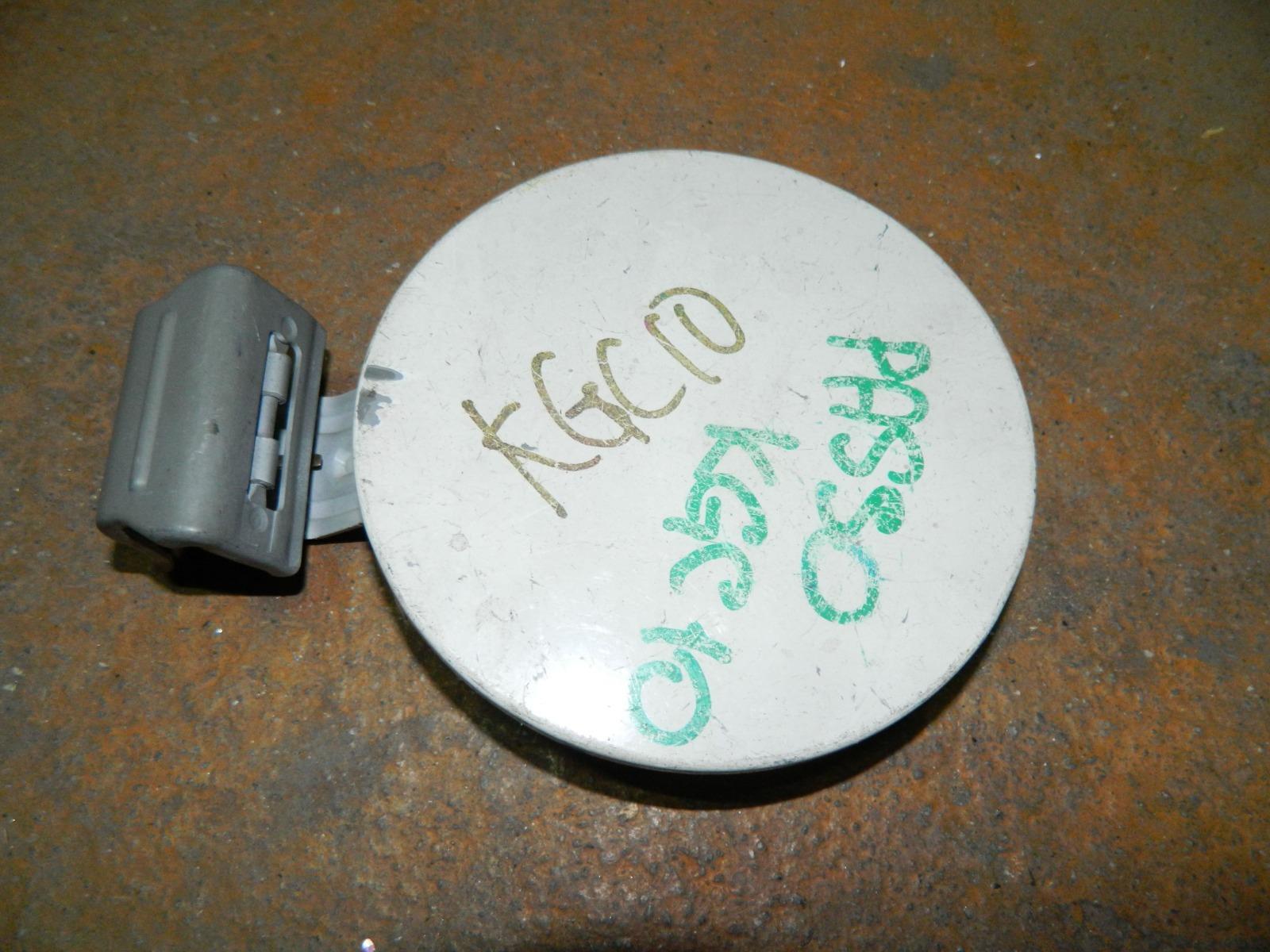 Лючок бензобака Toyota Passo KGC10 (б/у)
