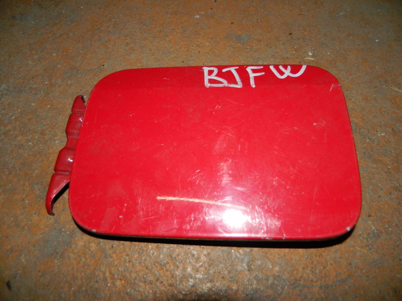 Лючок бензобака Mazda Familia BJFW (б/у)
