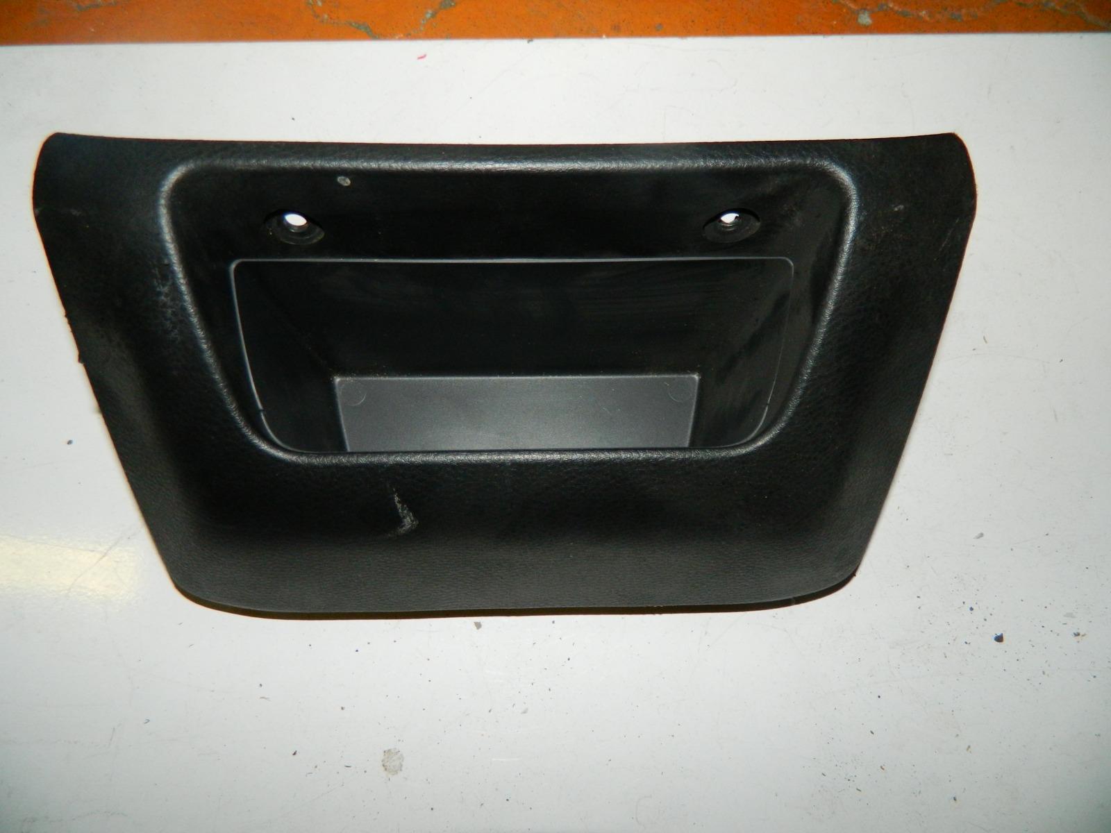 Бардачок Mitsubishi Lancer (б/у)