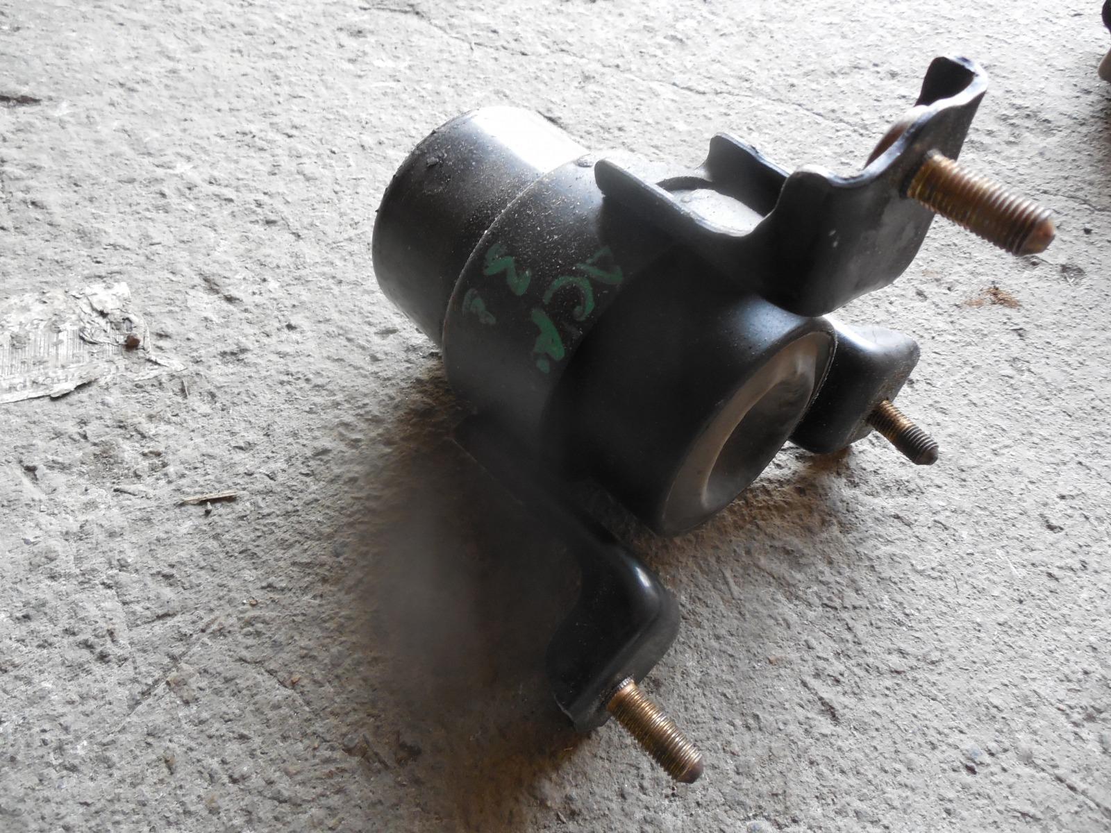 Подушка двигателя Toyota Camry ACV30 (б/у)