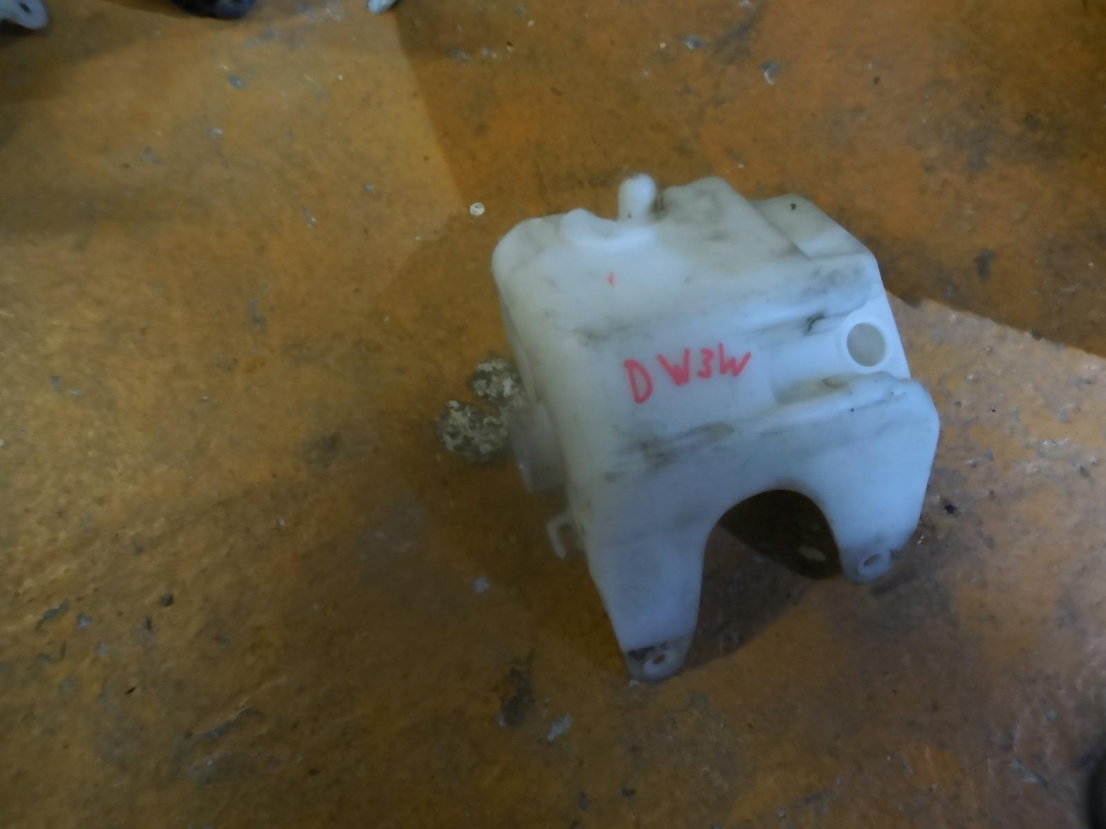 Бачок омывателя Mazda Demio DW3W (б/у)