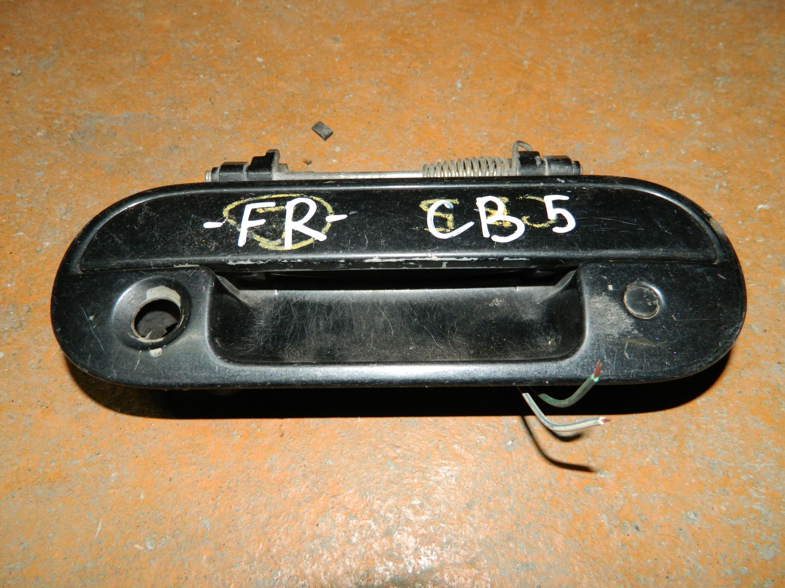 Ручка двери внешняя Honda Inspire CB5 передняя правая (б/у)