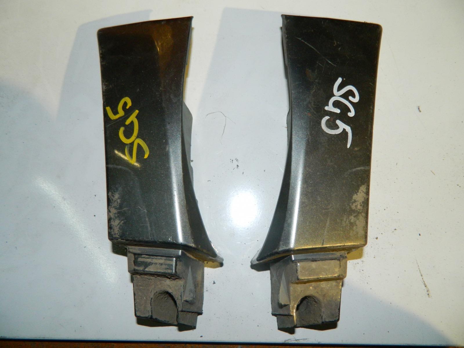 Накладка Subaru Forester SG5 правая (б/у)