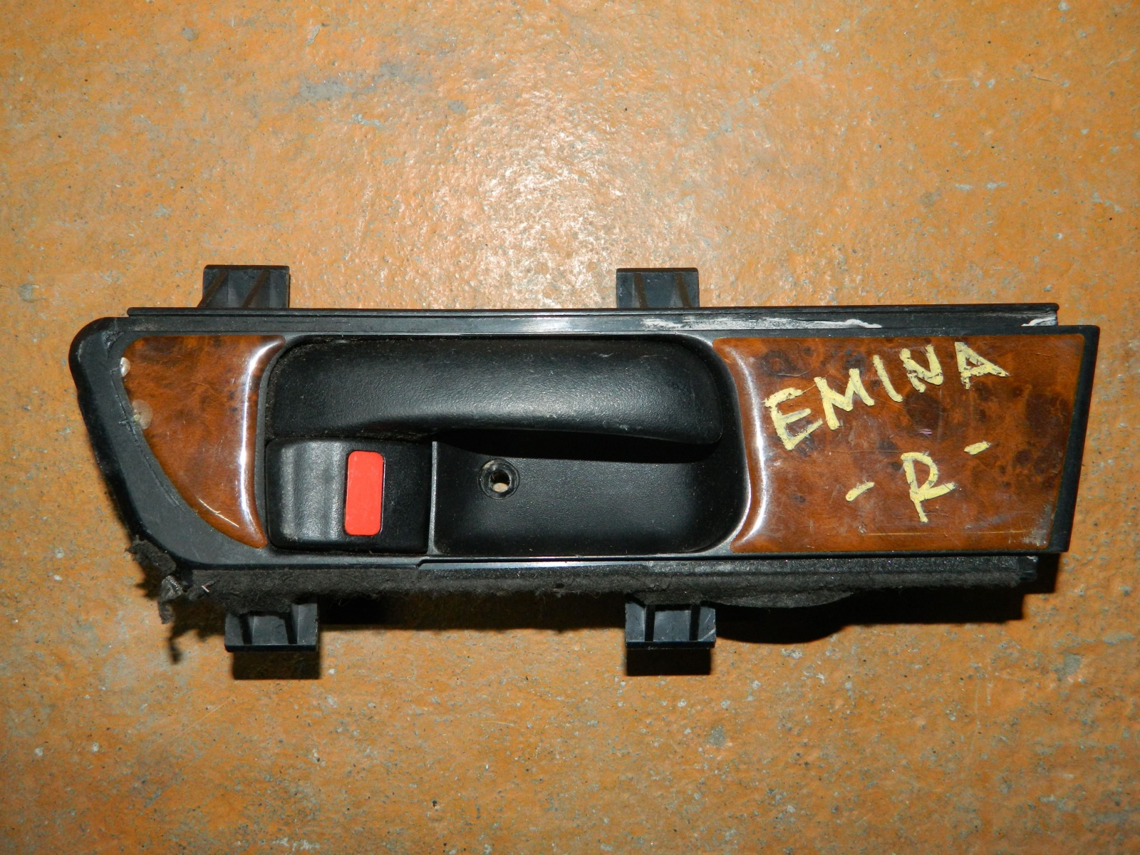 Ручка двери внутренняя Toyota Estima Emina передняя правая (б/у)