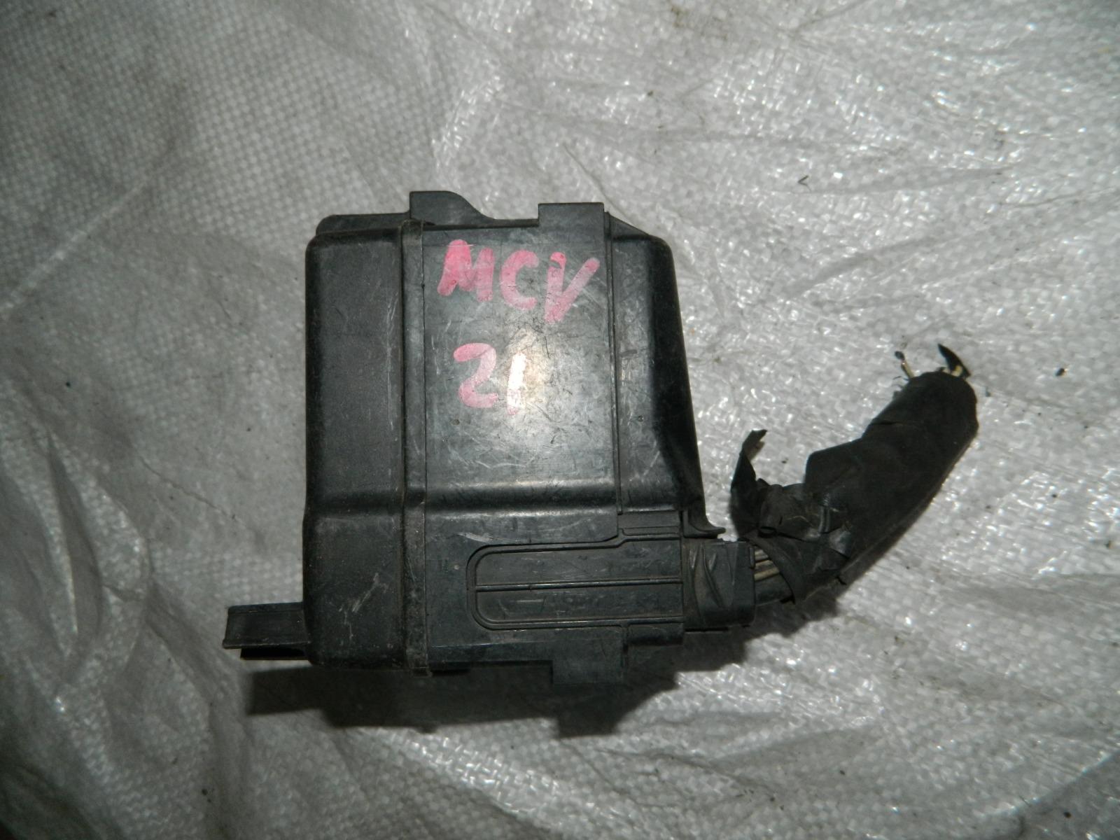 Блок предохранителей Toyota Windom MCV21 1KZTE (б/у)