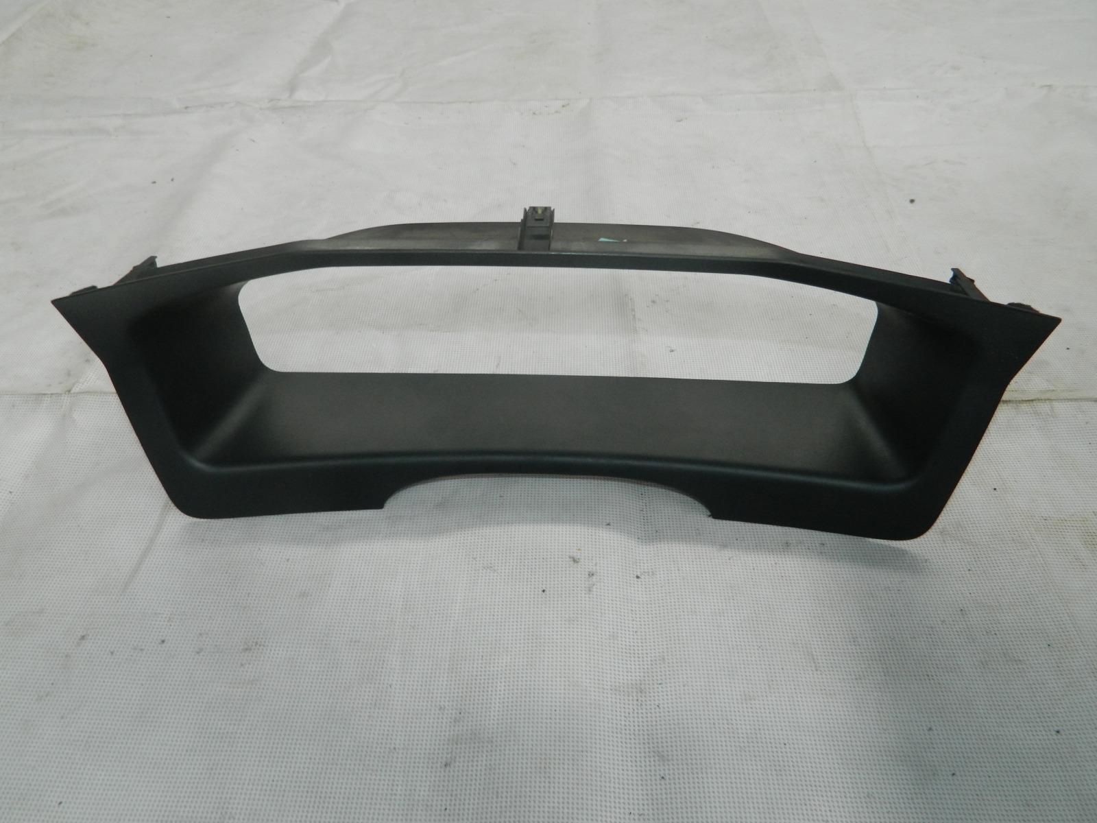 Рамка приборной панели Volvo S60 (б/у)