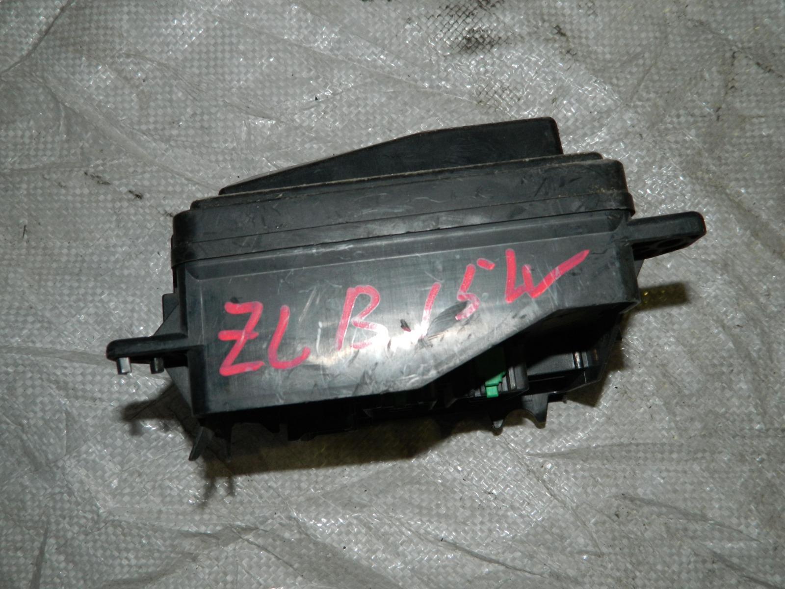 Блок предохранителей Mazda Familia BJ3P FPDE (б/у)