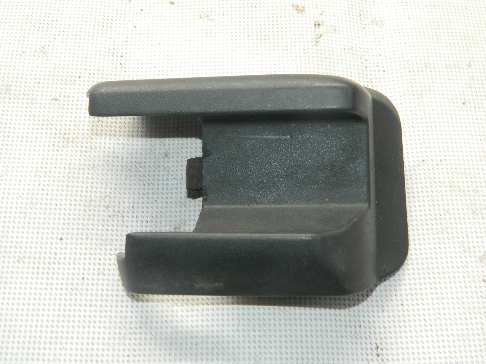 Накладка на сиденье Volvo S60 задняя левая (б/у)