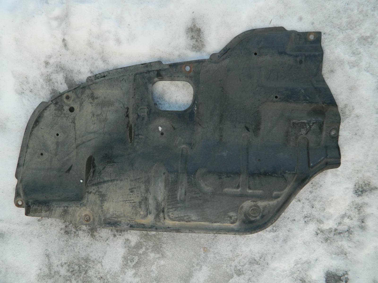 Защита двигателя Toyota Camry ACV30 правая (б/у)
