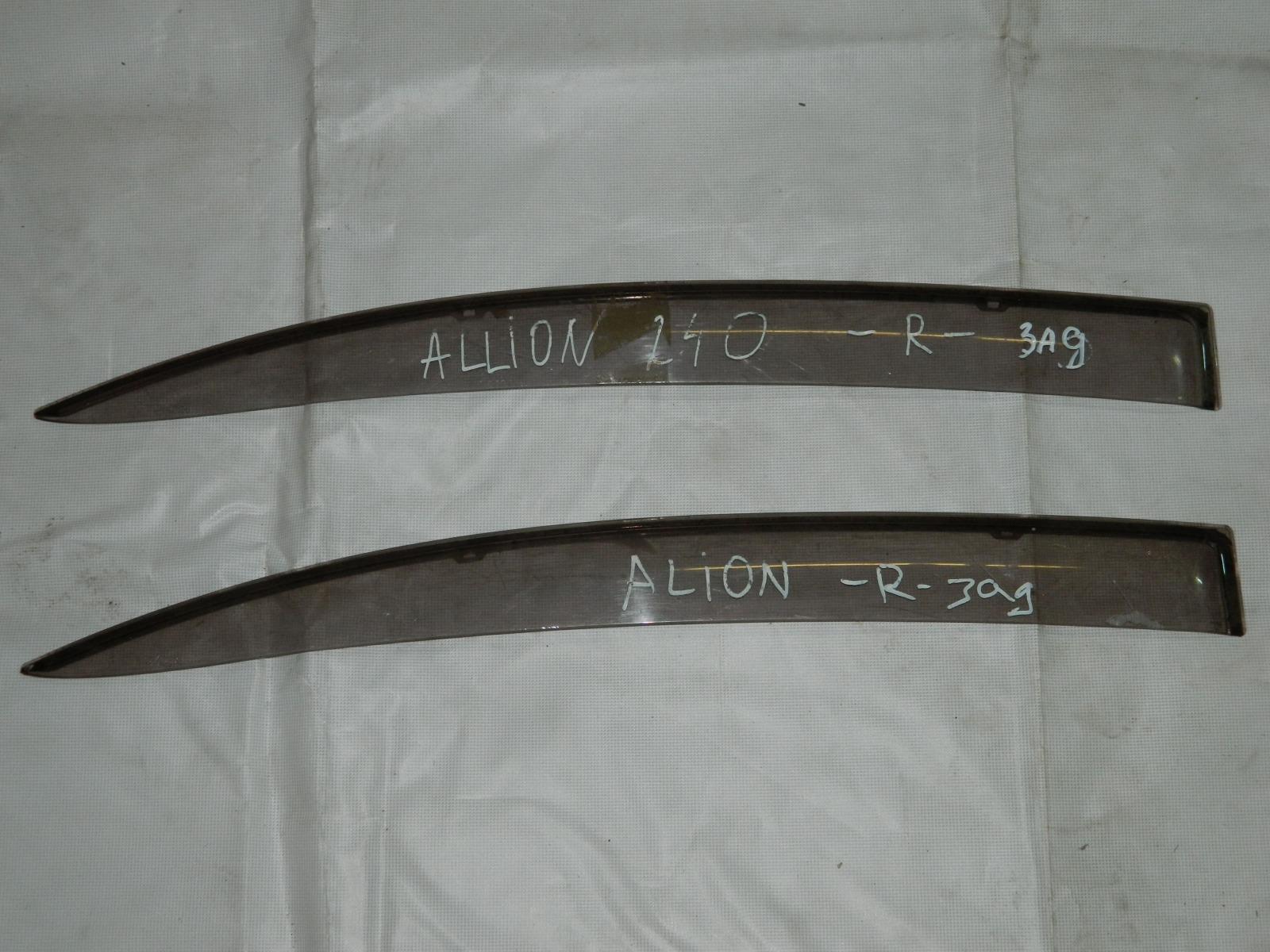 Ветровик Toyota Allion AZT240 задний правый (б/у)