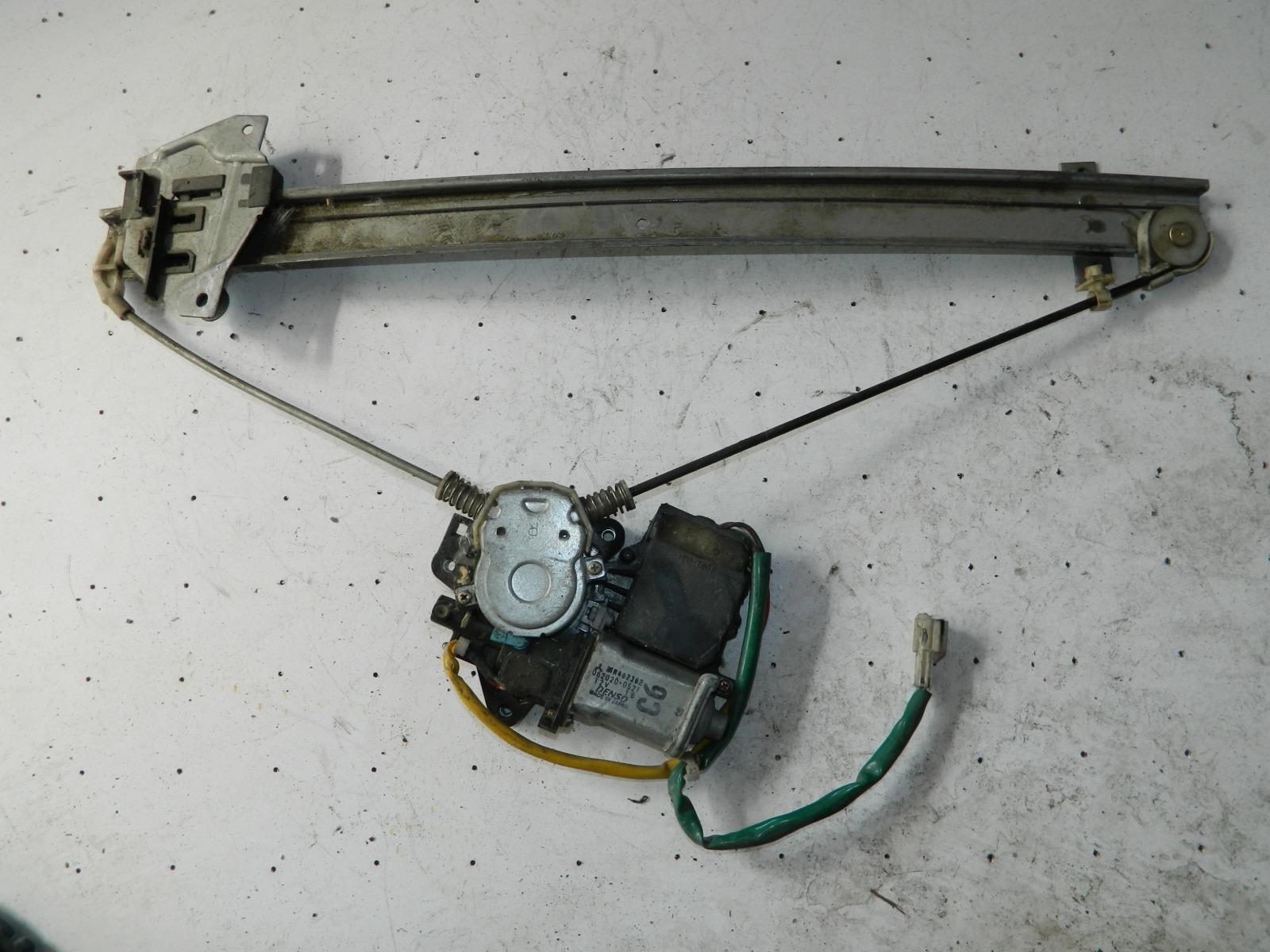 Механизм стекло-подъёмника. Mitsubishi Chariot N84W передний правый (б/у)