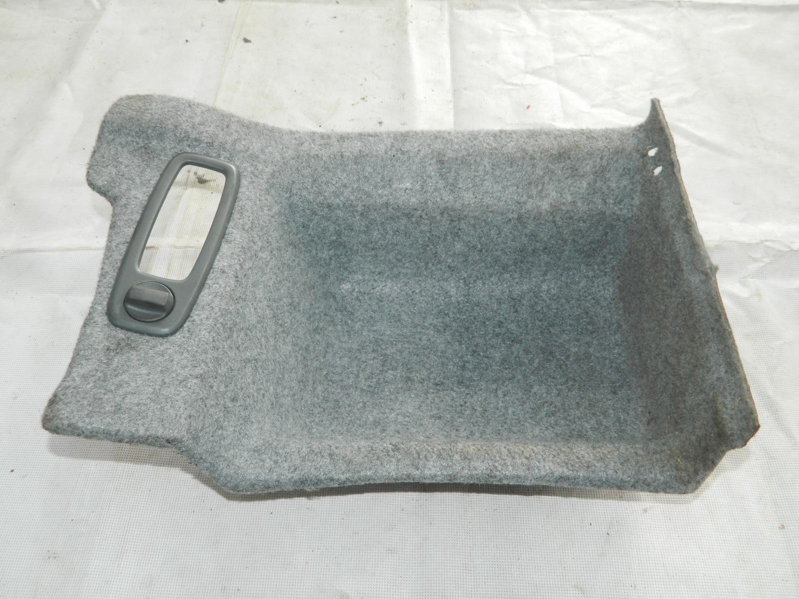 Облицовка багажника Volvo S60 правая (б/у)