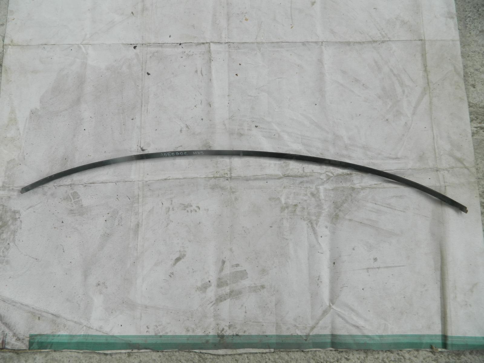 Молдинг лобового стекла Volvo S60 (б/у)
