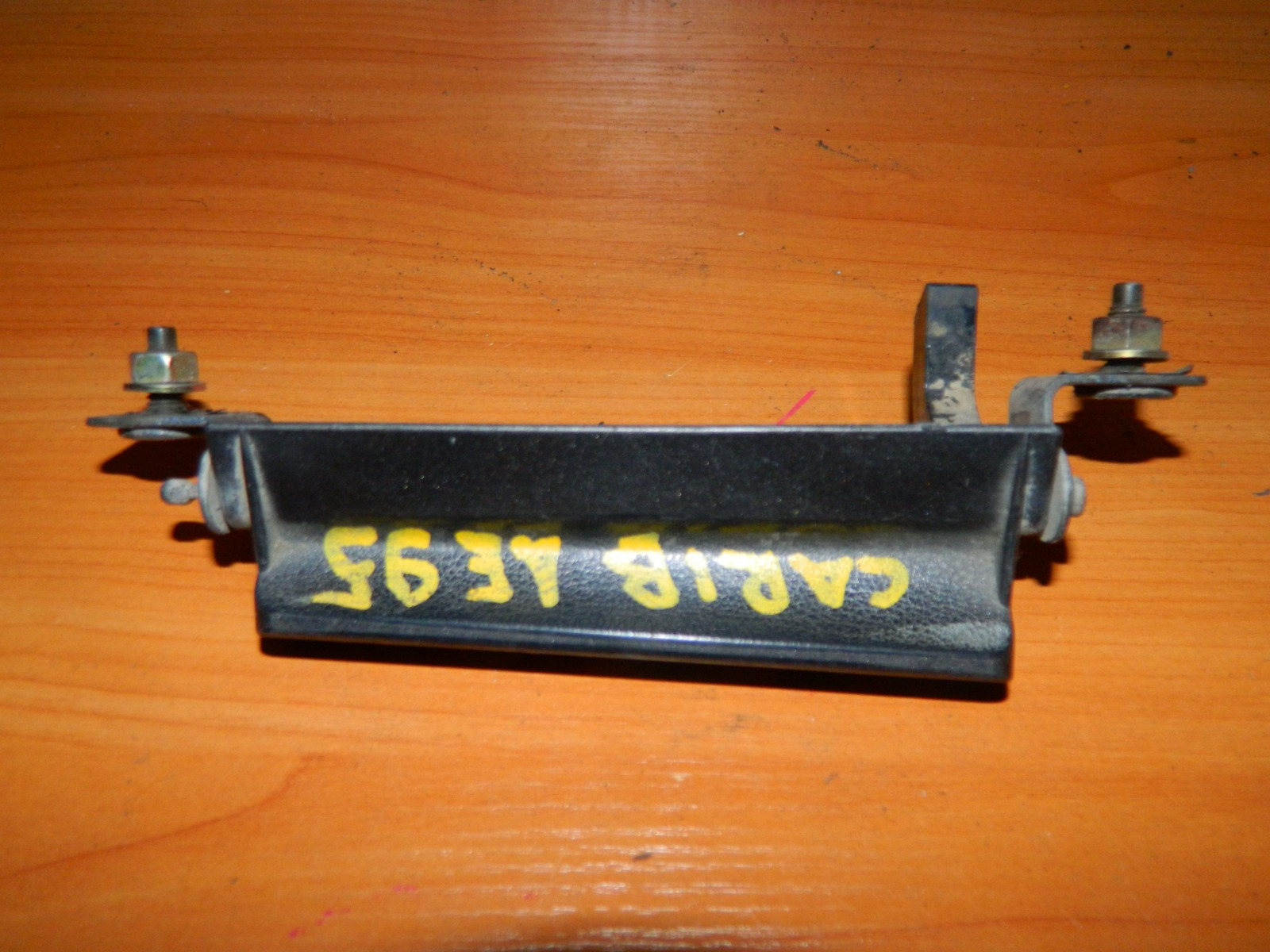 Ручка двери багажника Toyota Carib AE95 (б/у)