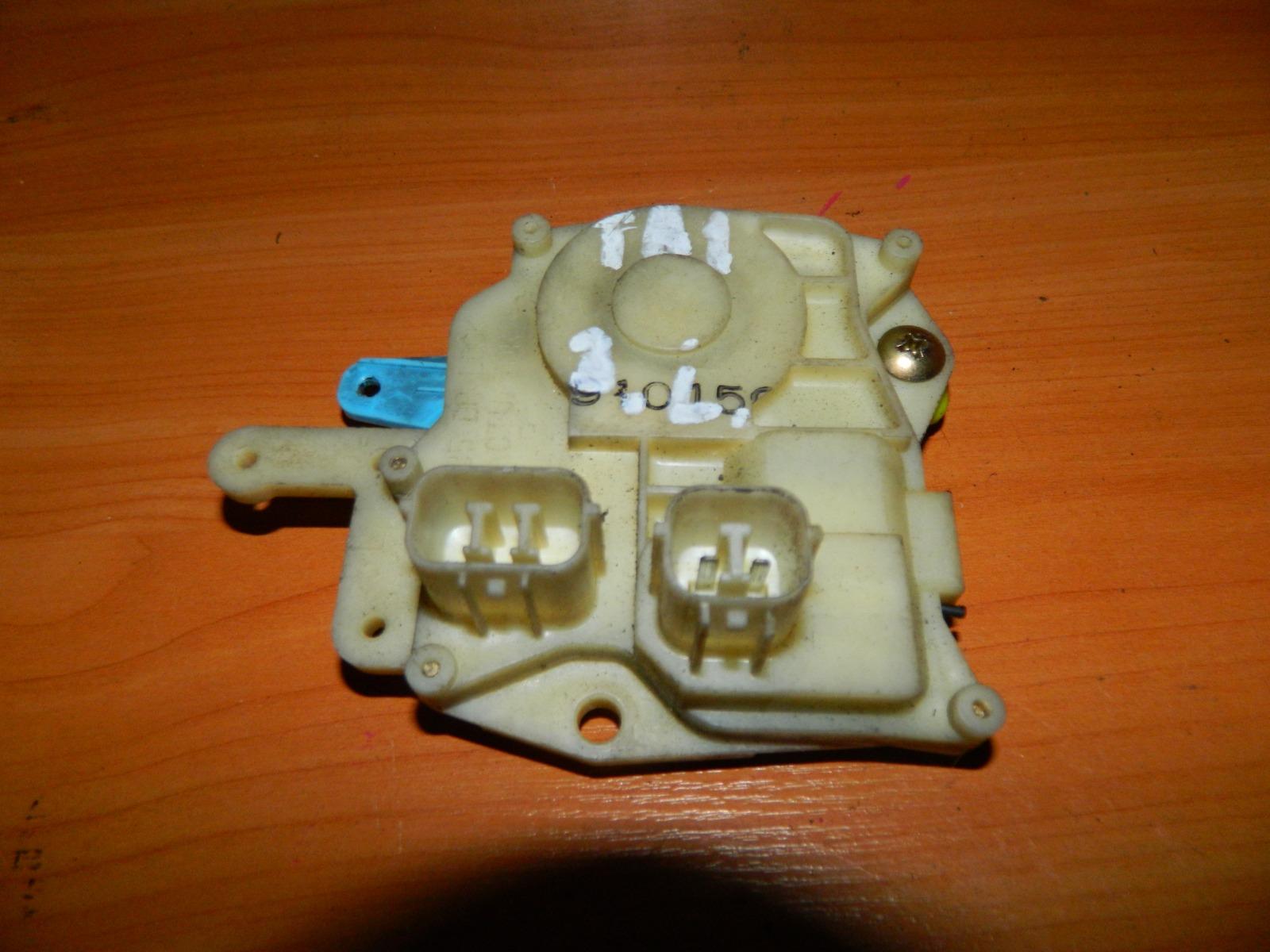 Активатор замка двери Honda Avancier TA1 задний левый (б/у)