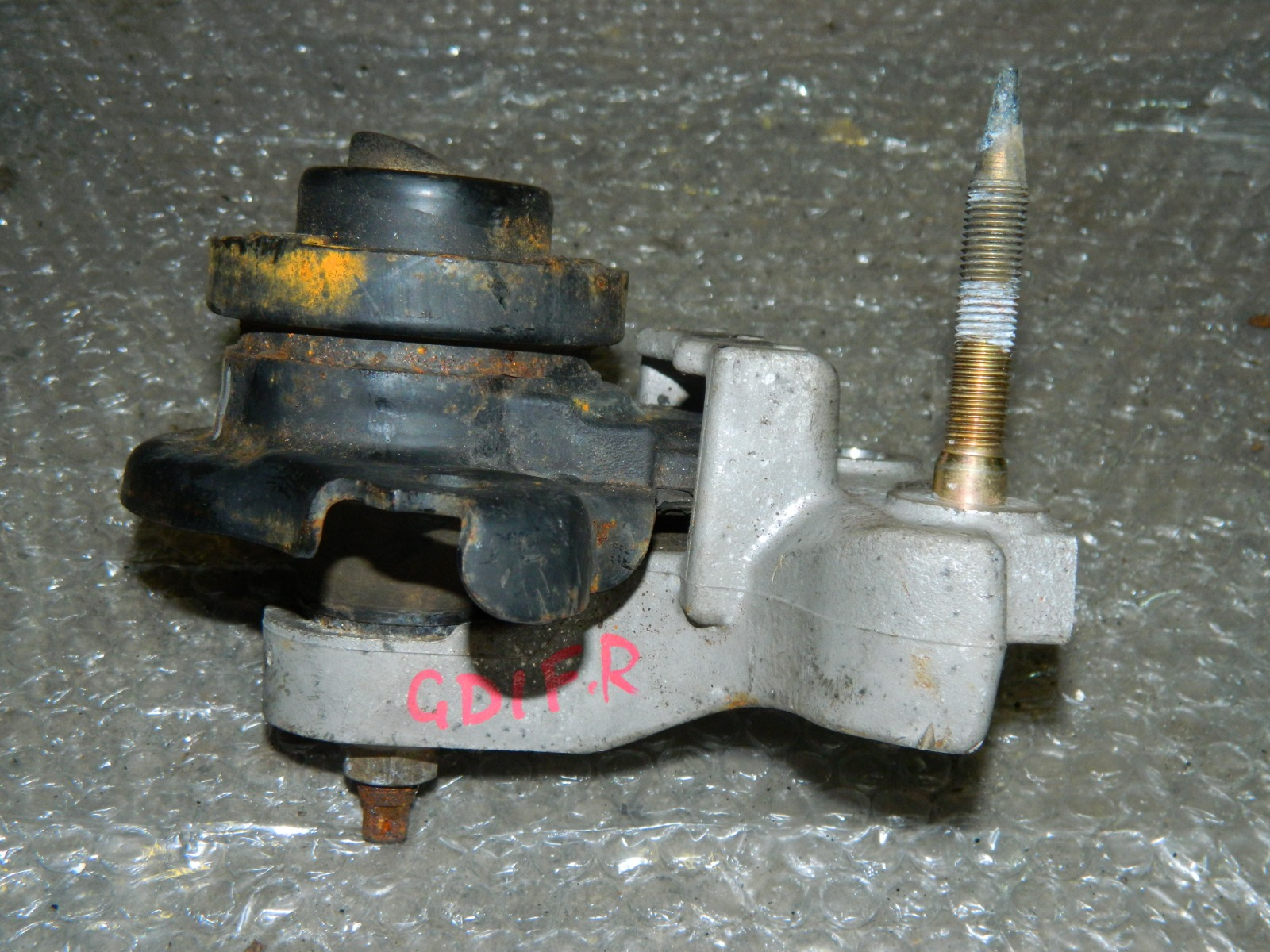 Подушка двигателя Honda Fit GD1 передняя правая (б/у)