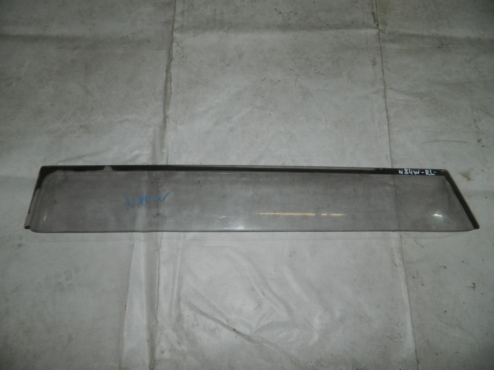 Ветровик Mitsubishi Chariot Grandis N84W задний левый (б/у)