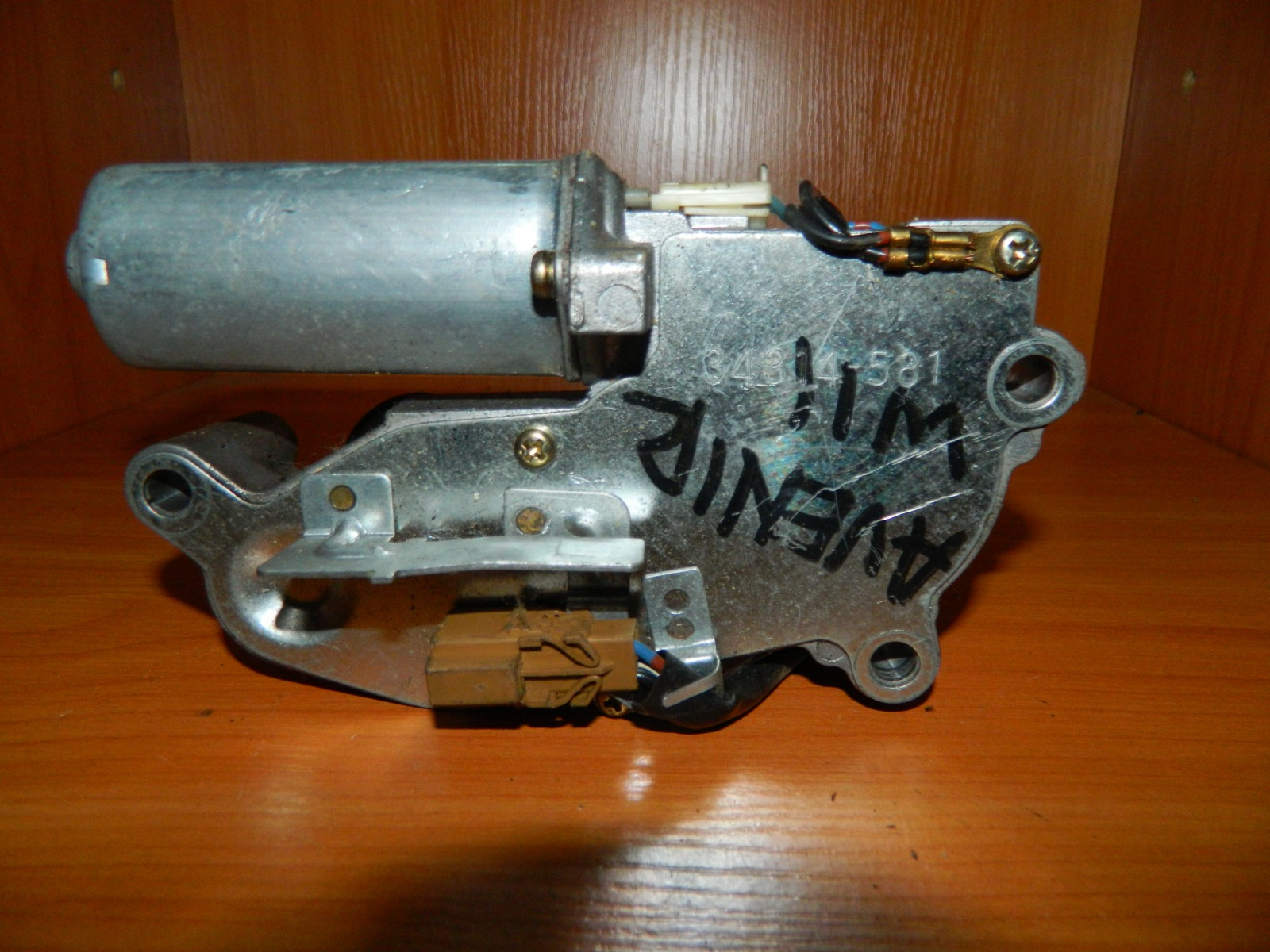 Мотор дворников Nissan Avenir W11 задний (б/у)