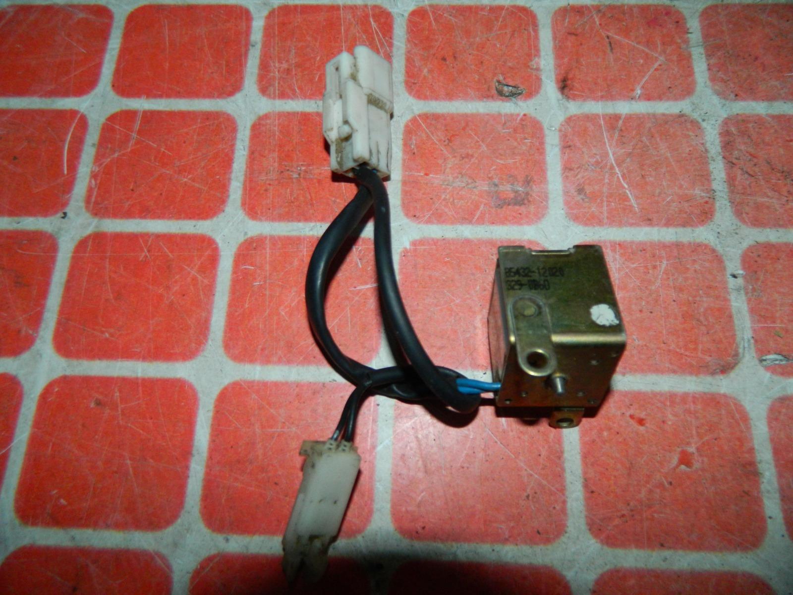 Реле блокировки замка зажигания Toyota Corsa EL51 (б/у)