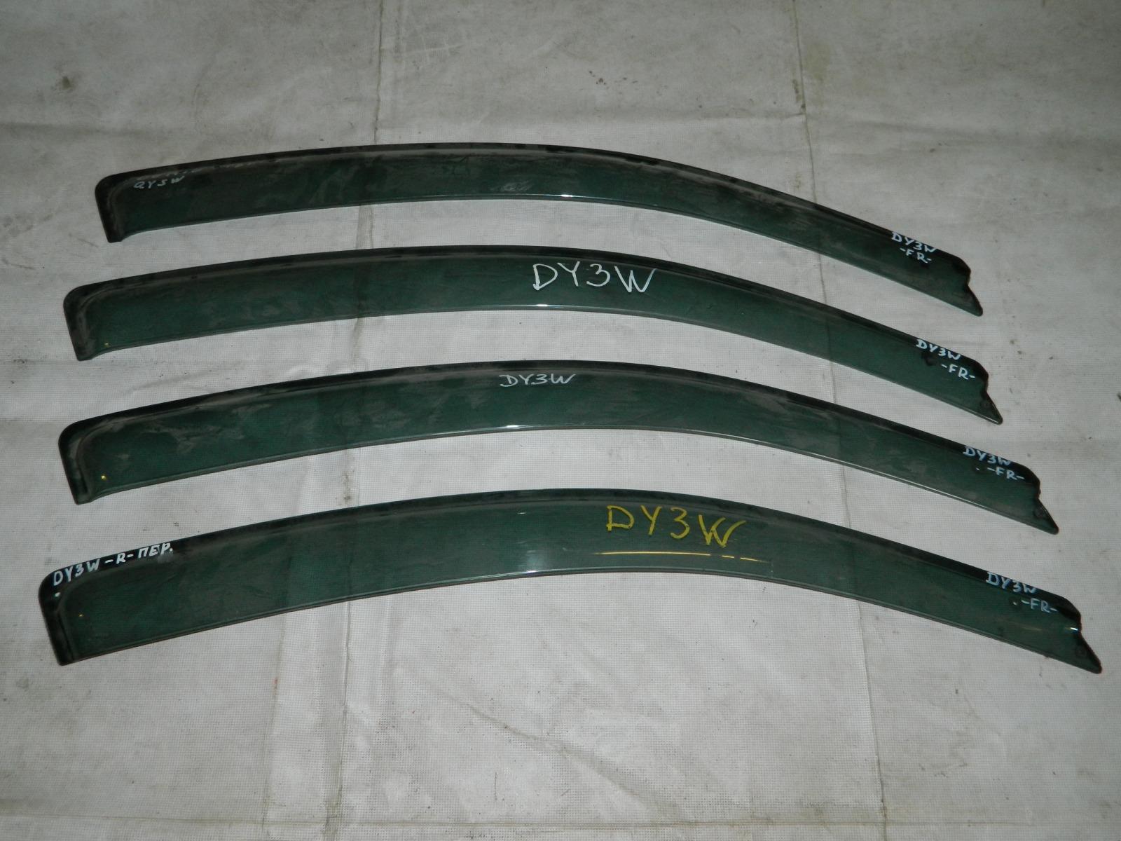 Ветровик Mazda Demio DY3W передний правый (б/у)
