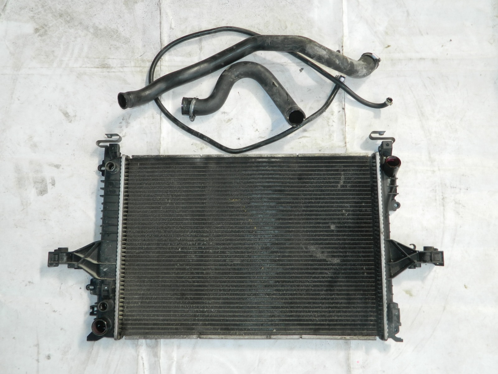 Радиатор двс Volvo S60 (б/у)