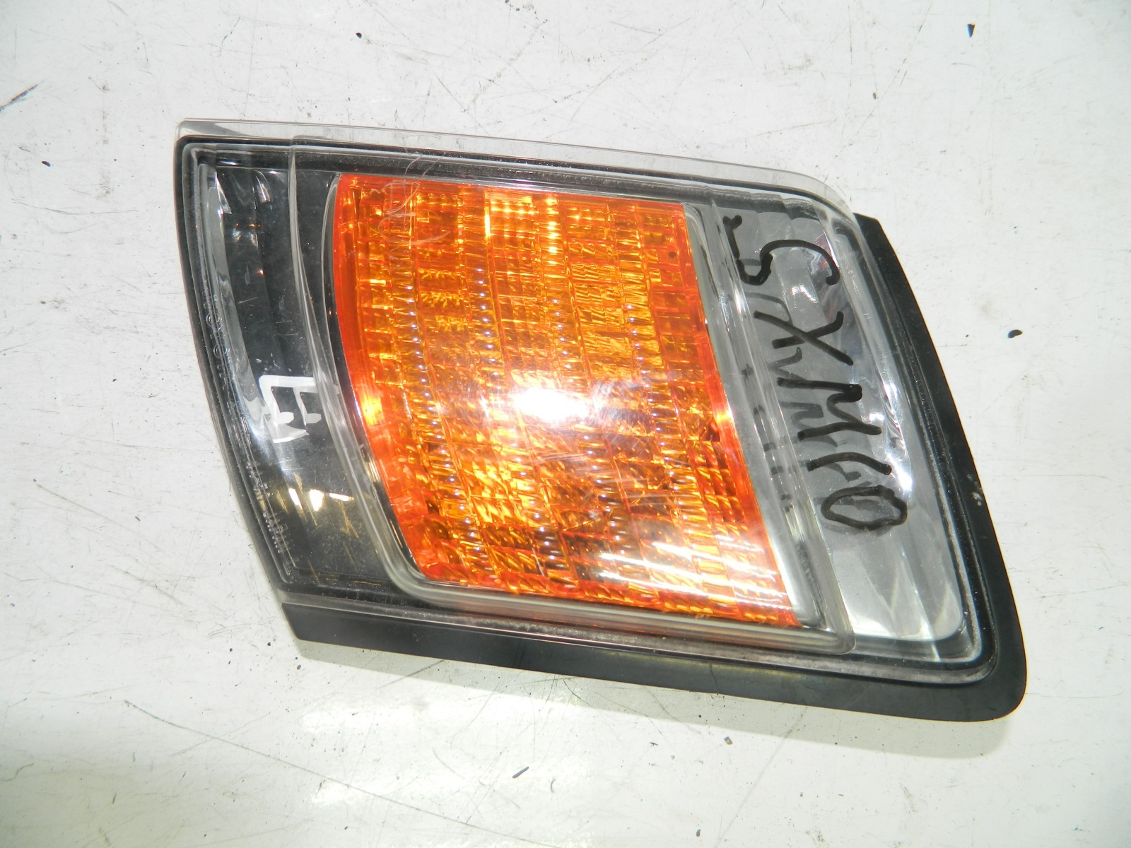 Габарит Toyota Gaia SXM10 передний левый (б/у)