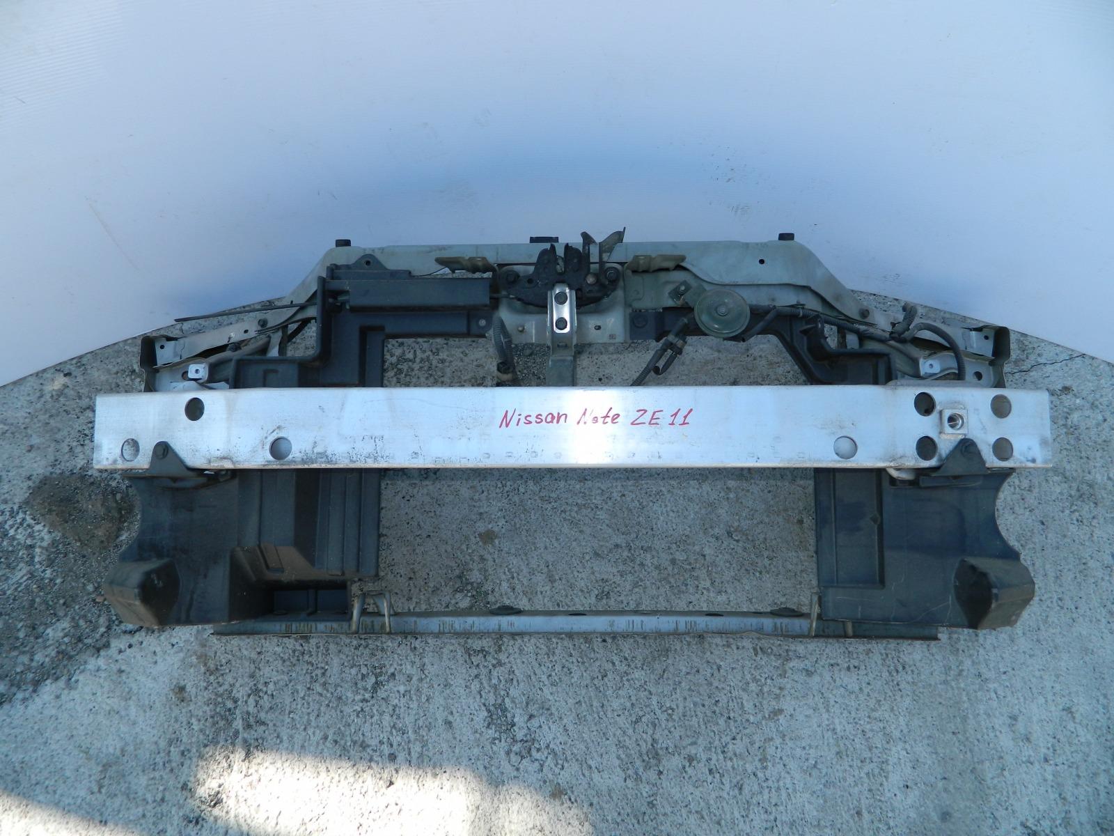 Рамка радиатора Nissan Note E11 (б/у)