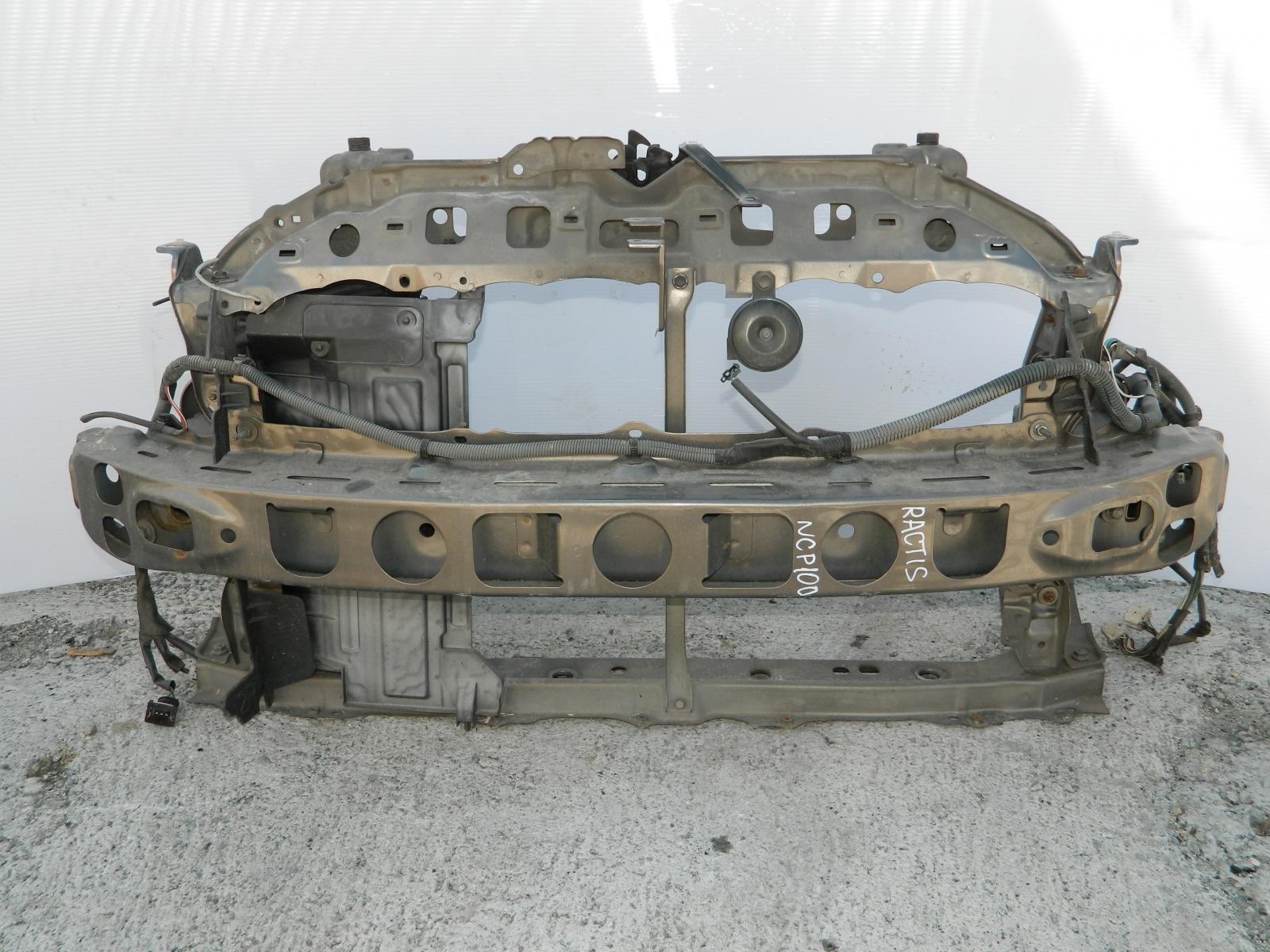Рамка радиатора Toyota Ractis NCP100 (б/у)